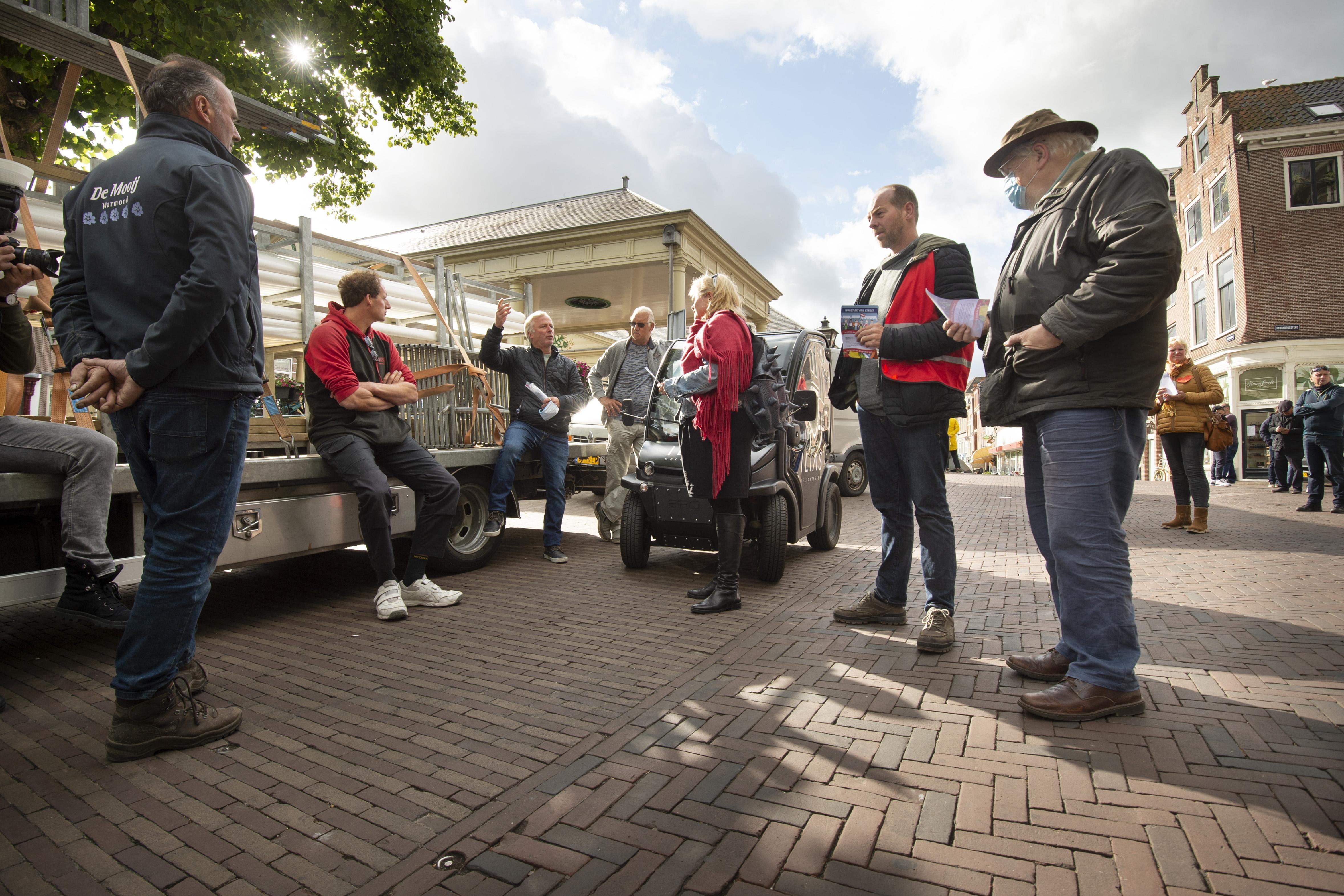 Marktkooplieden voeren actie in Leiden