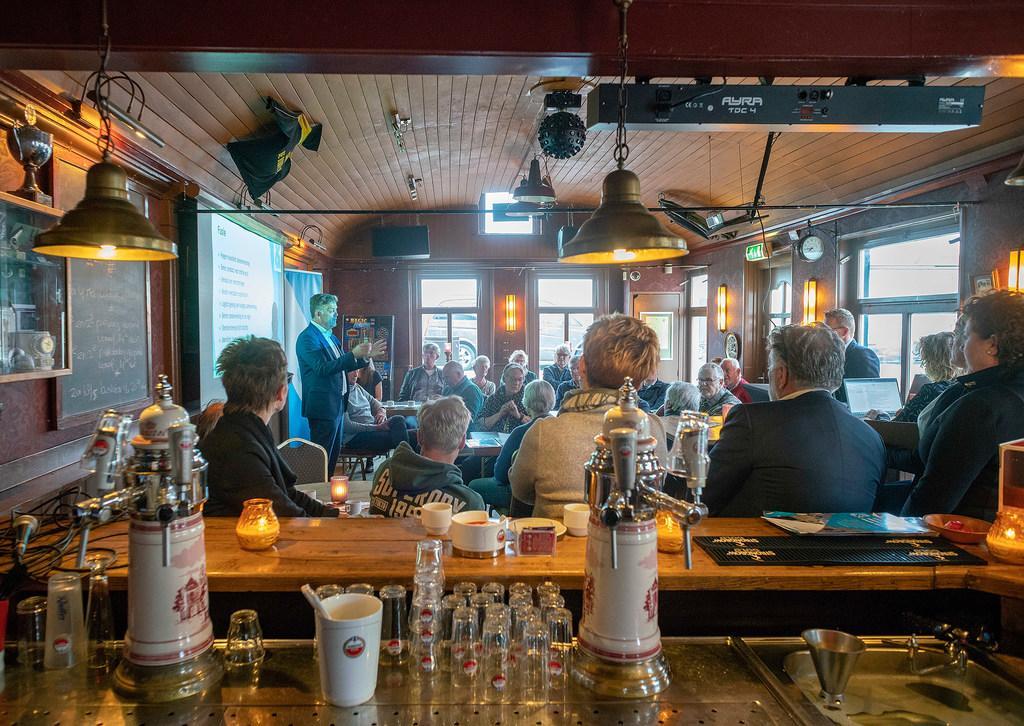 Verbolgen CDA Langedijk vraagt om extra raadsvergadering rond fusieproces