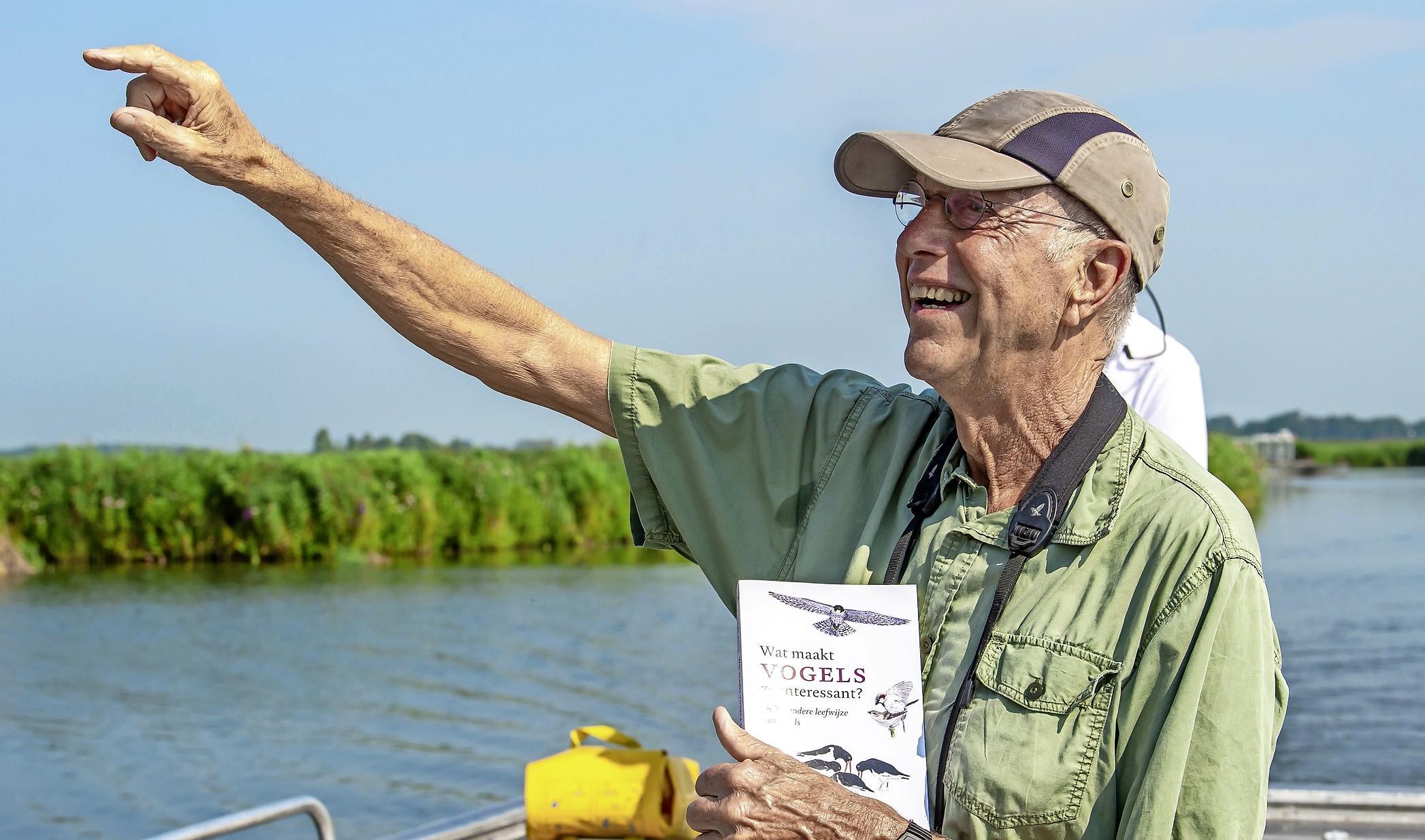 'Vergeleken met vogels zijn mensen maar stakkers' Marcel Boer is de vleesgeworden databank vol vogelweetjes en schreef een boek