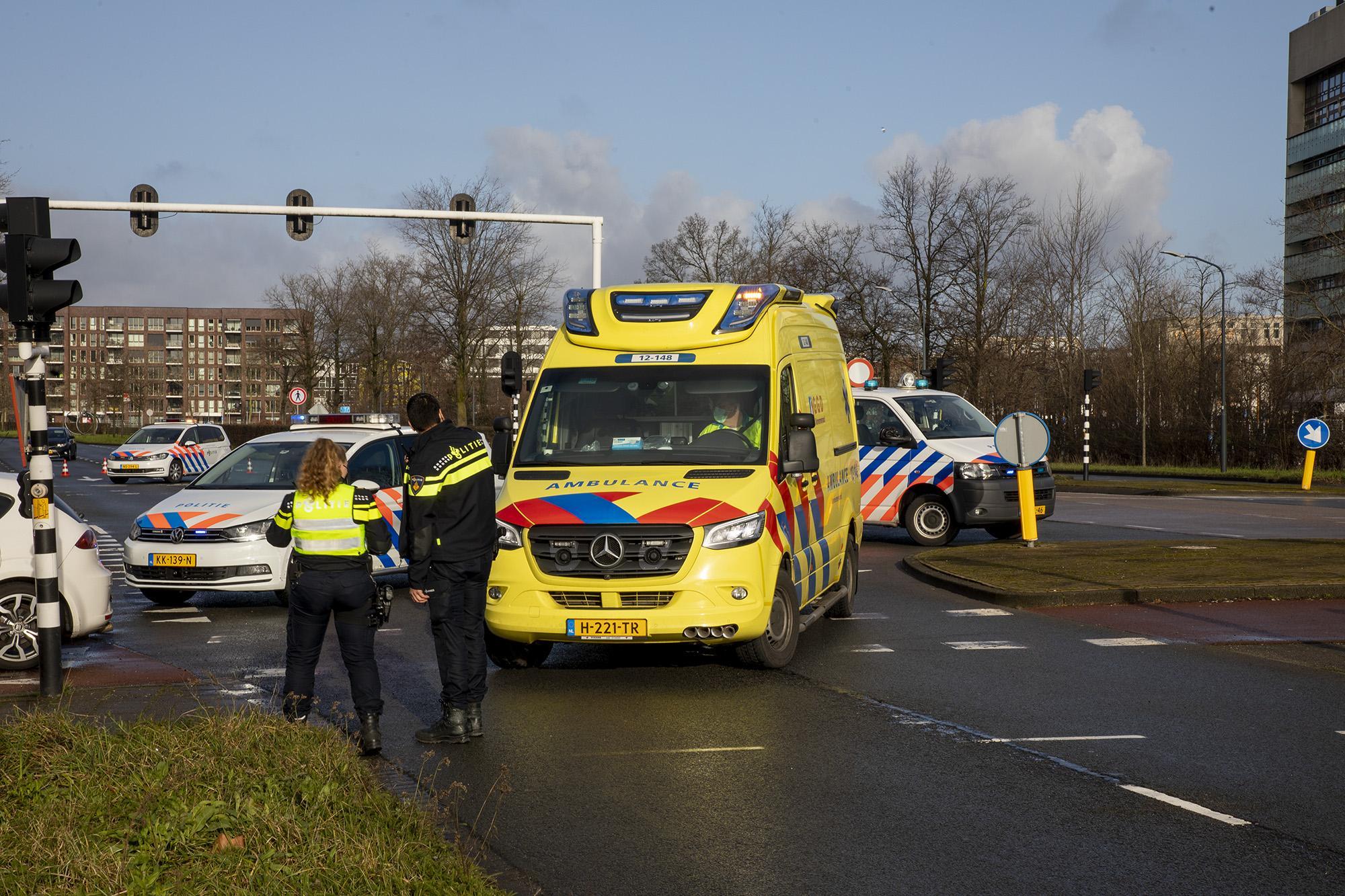 Vrouw gewond bij aanrijding met auto in Haarlem