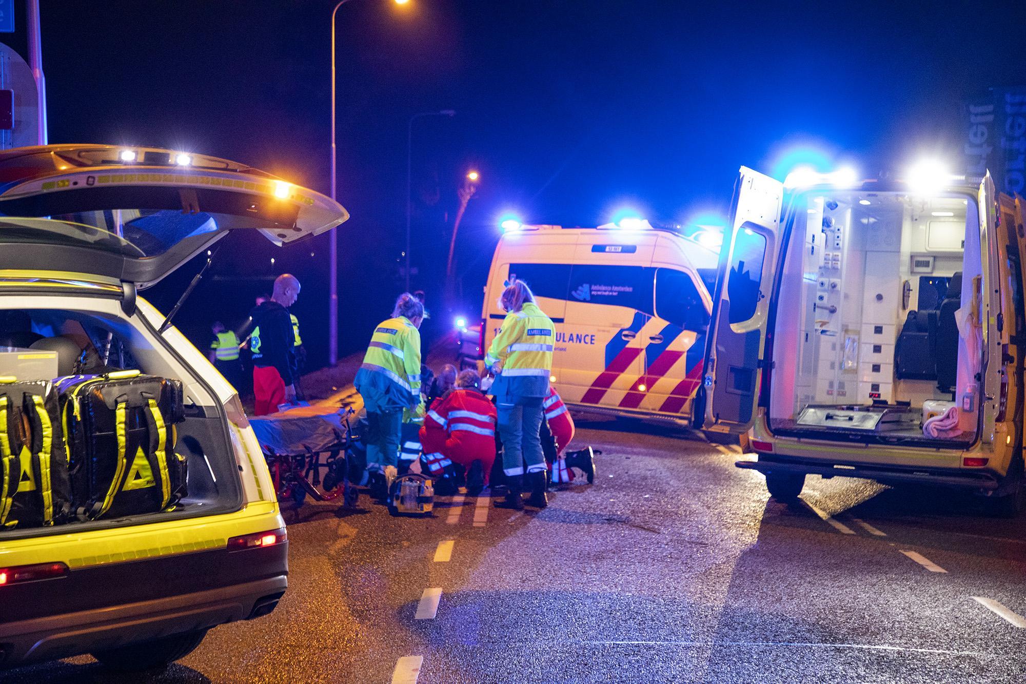 Scooterrijder (17) ernstig gewond bij ongeval in Lijnden