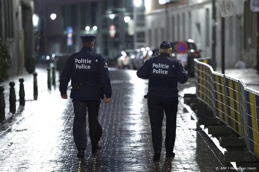 Belgische politie speurt naar gewapende bedreiger virologen