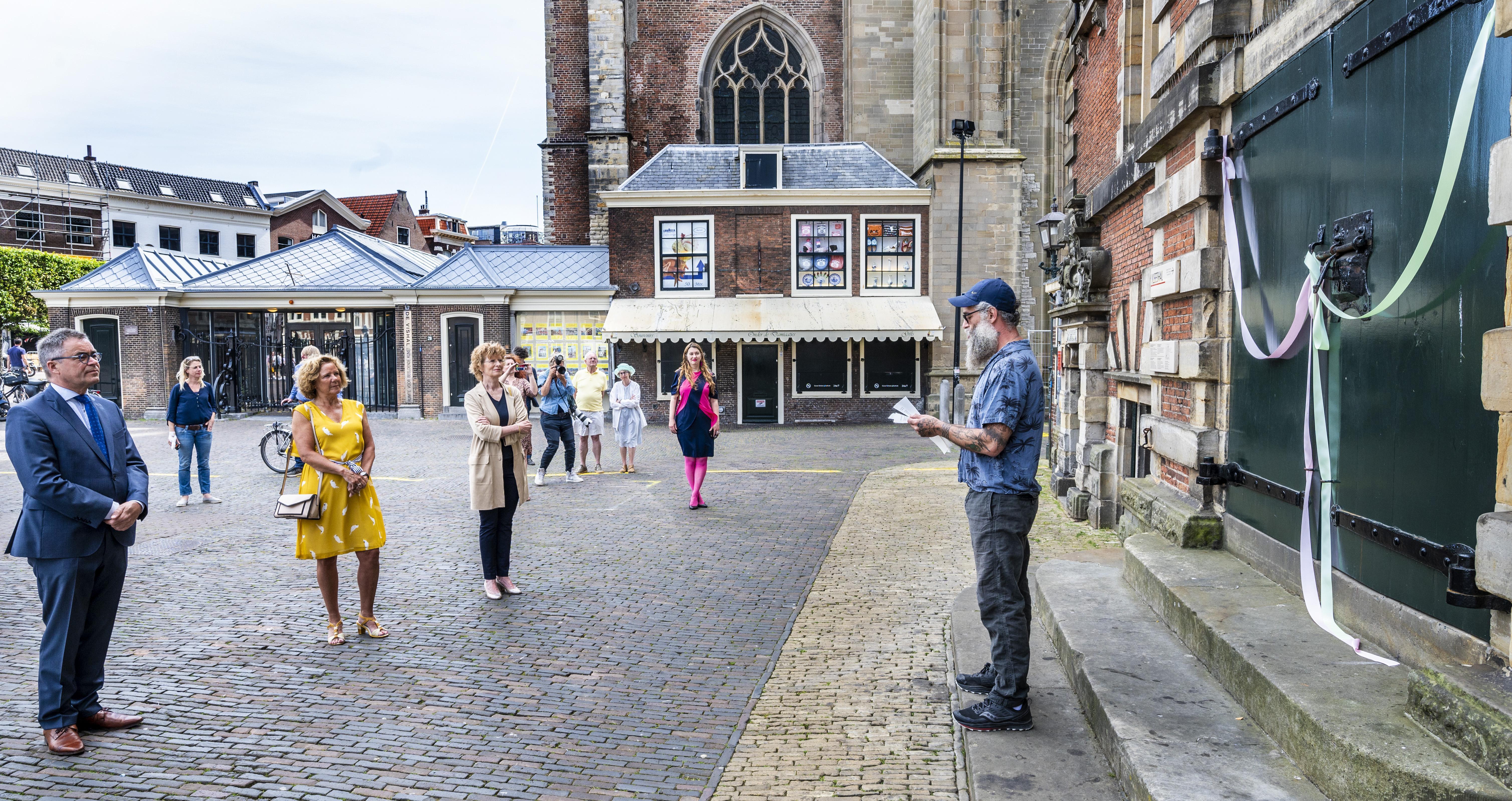 Blije gezichten bij heropening Haarlemse musea: 'Sluiting voelde als een amputatie'