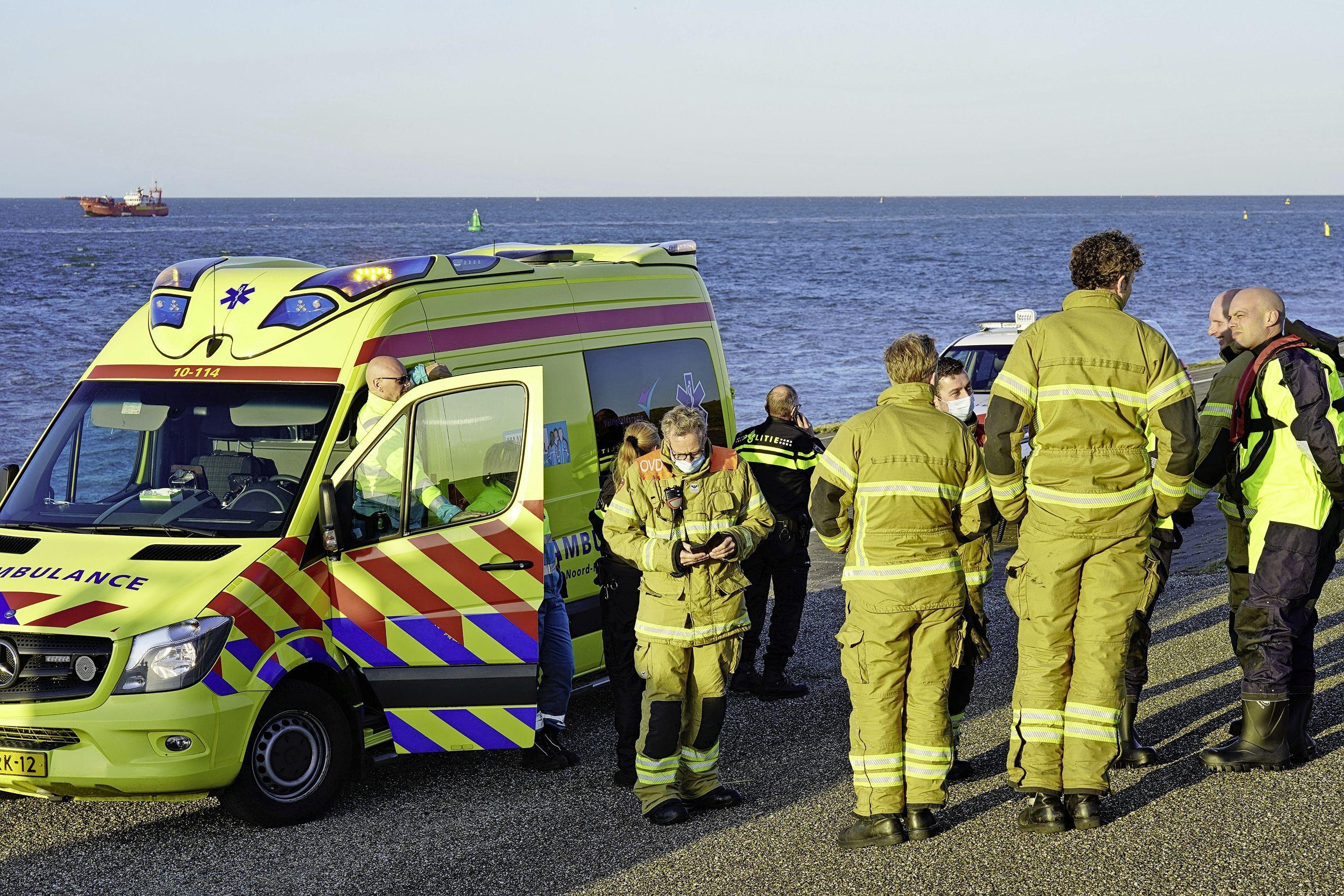 Hulpdiensten staken massale zoekactie naar mogelijke drenkeling in Marsdiep in Den Helder [update]
