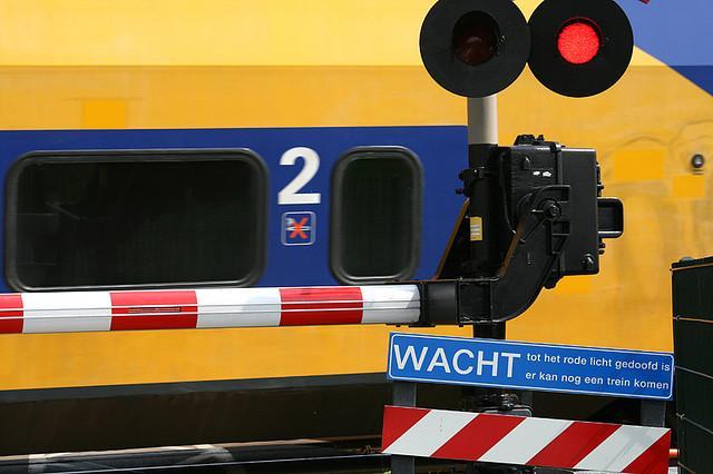 Maandag minder treinen in ochtendspits door stakingen