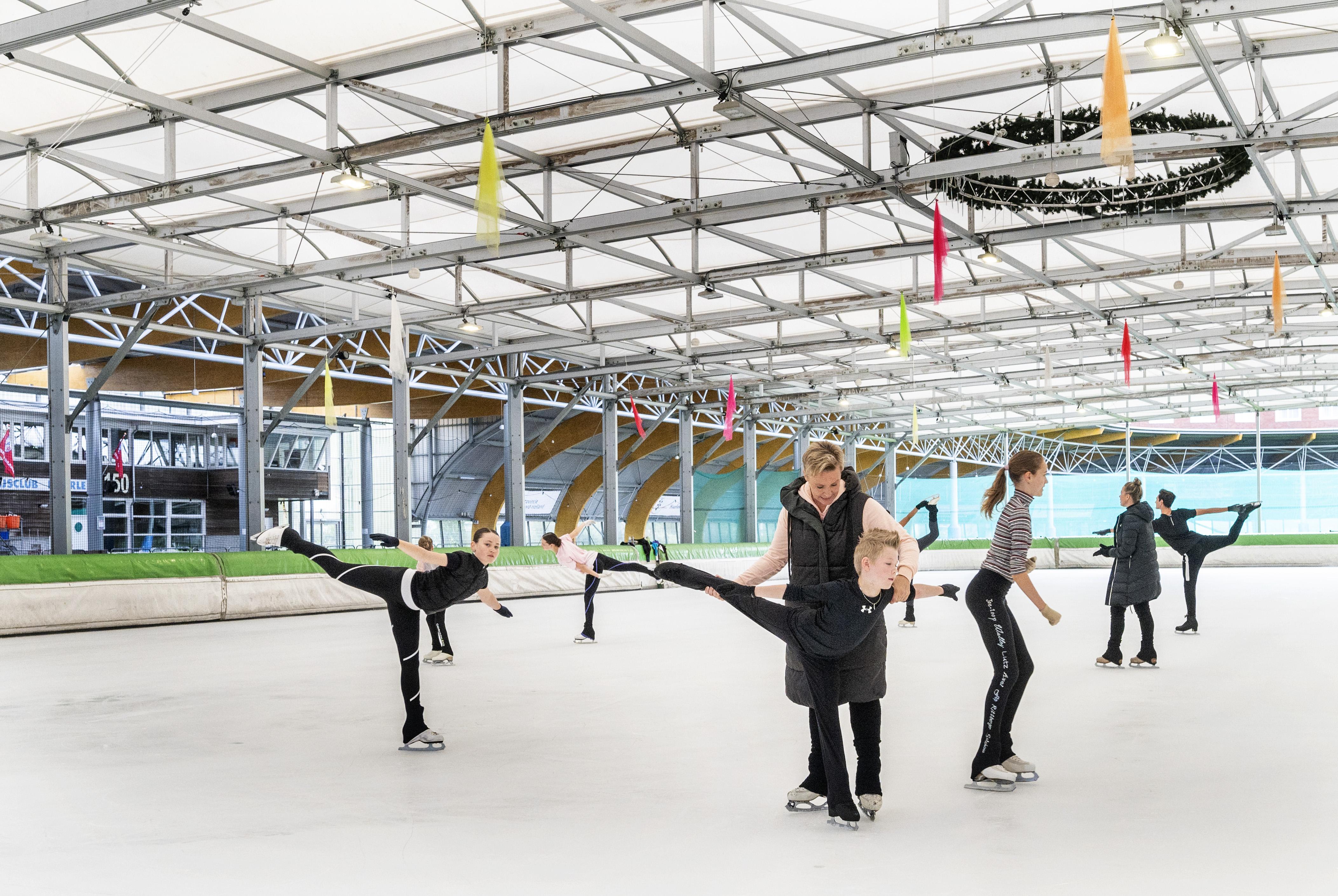 Gemeenteraad wil zomerschaatsen voor IJsbaan Haarlem verbieden: 'We willen een duurzame stad zijn, toch?'