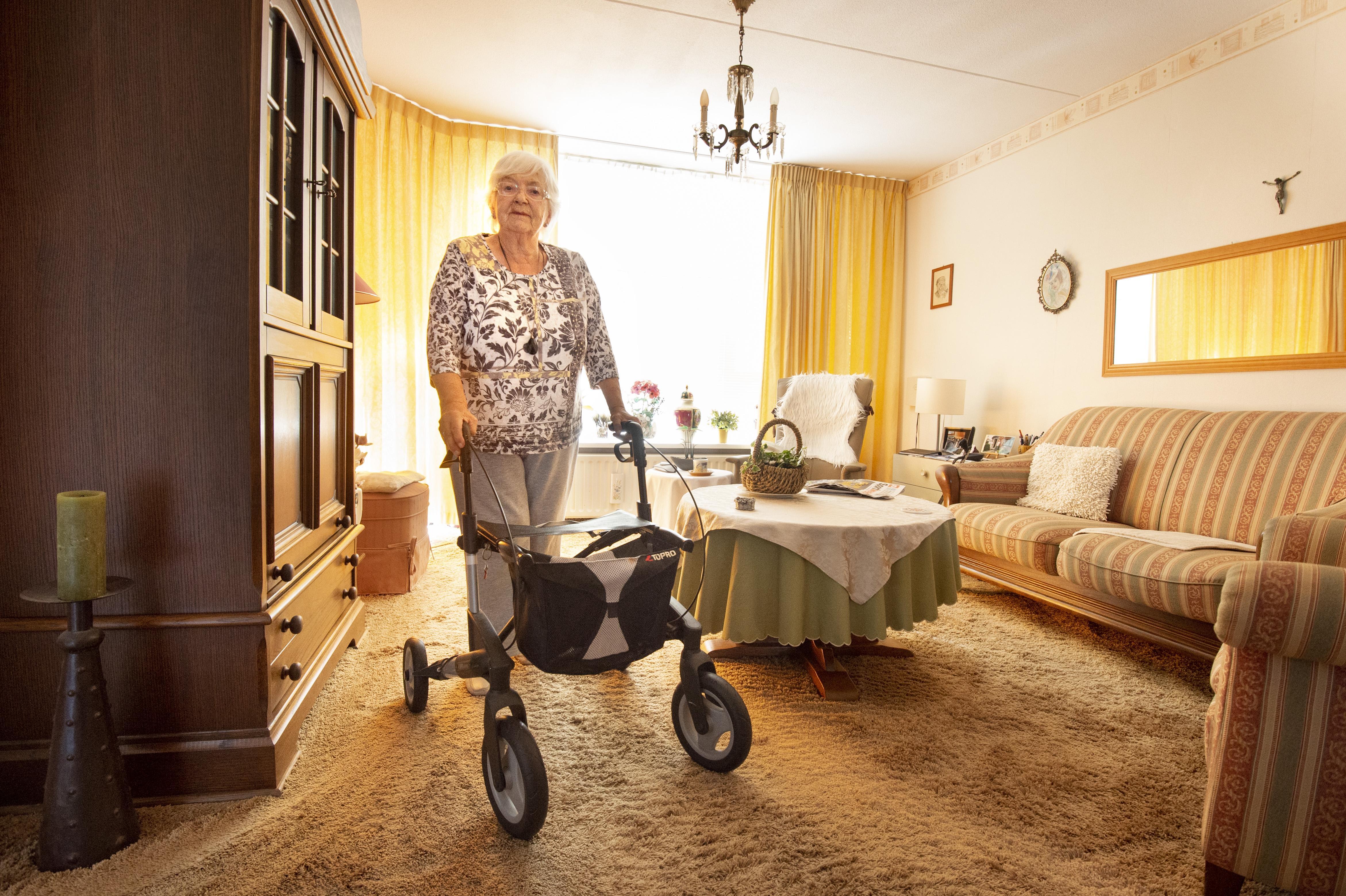 Sassenheimse (94) wil taxipas om nicht te bezoeken: 'Gewoon lekker een wijntje doen'