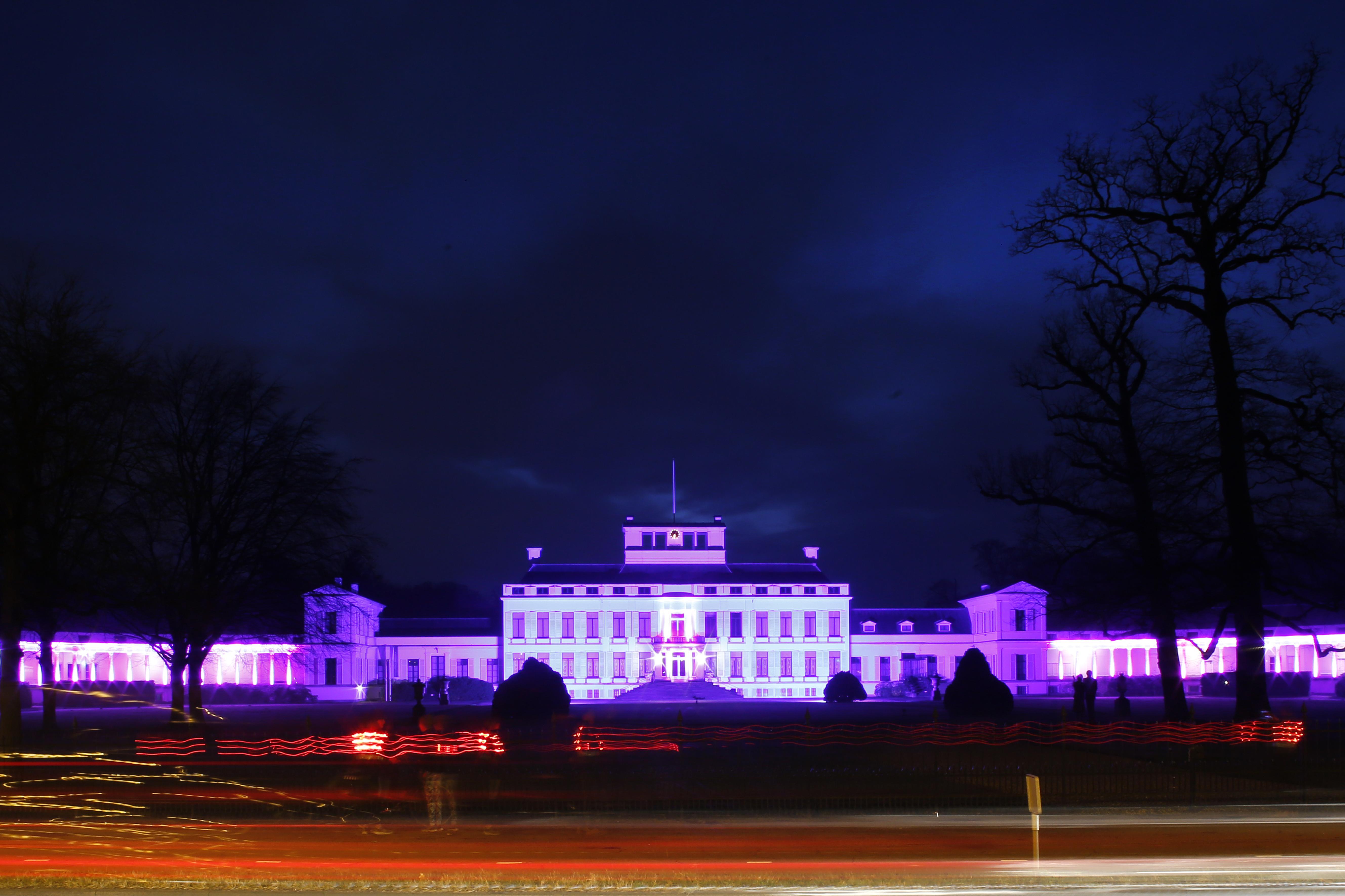 Ontwerpbestemmingsplan voor paleis Soestdijk bekend: twee extra kruisingen met stoplichten erbij, dus straks vier keer stoplichten in iets meer dan een kilometer