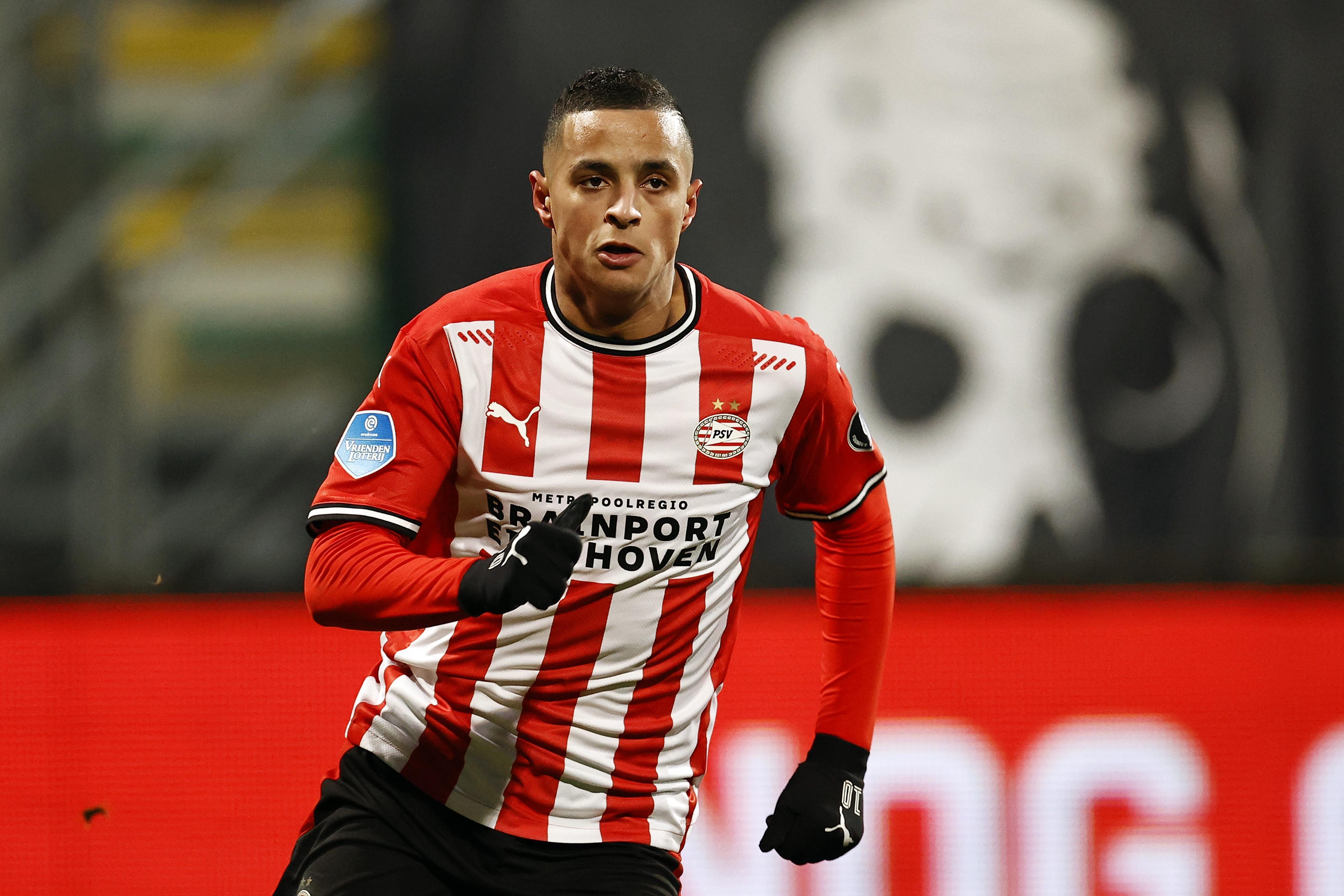 Of Ihattaren een optie is voor Ajax? Ten Hag: 'Goede voetballers zijn altijd welkom bij Ajax, maar hij is nu speler van PSV'