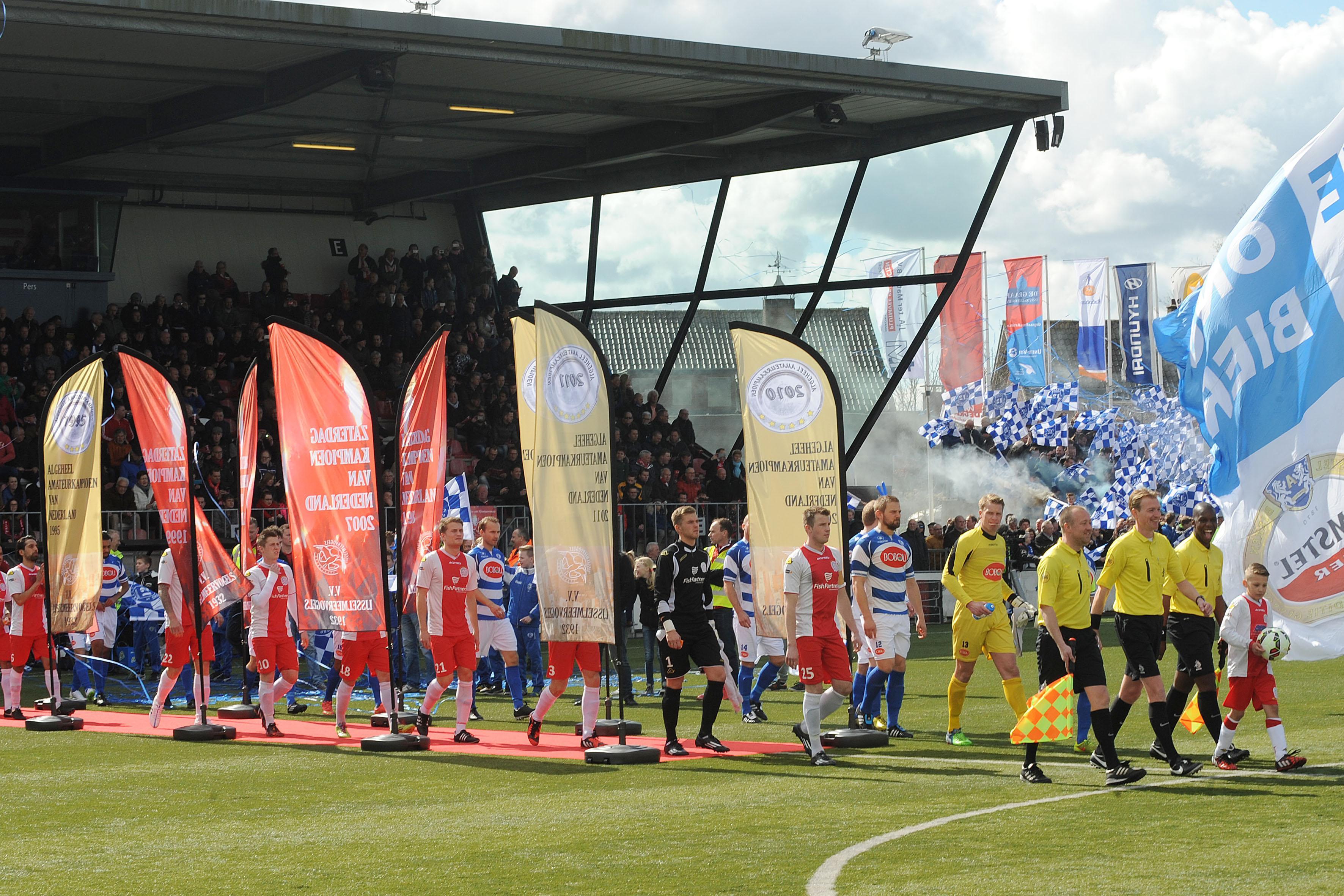Onvrede bij topclubs in tweede divisie over derby's vroeg in het seizoen: 'Met ons verzoek is niks gebeurd'