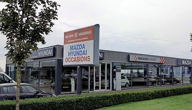 Curator legt beslag op rekeningen en woningen van Fakkert; ABN vordert 2,1 miljoen euro van failliet autobedrijf