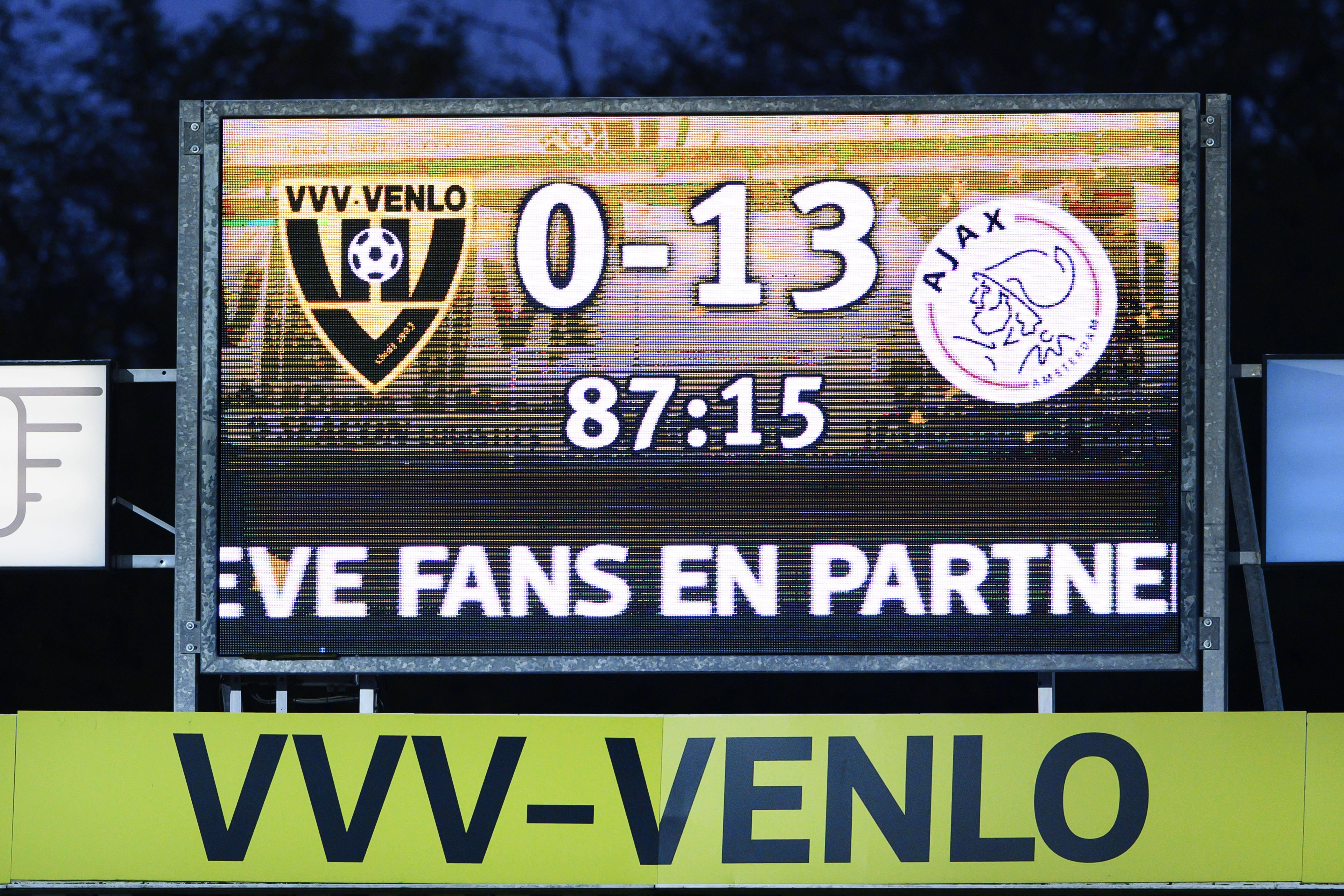 Ervaringsdeskundige René Binken, die zelf ooit met 10-0 verloor als speler van Volendam, heeft slecht nieuws voor VVV-voetballers: 'Die jongens worden hun leven lang herinnerd aan deze 13-0 nederlaag'