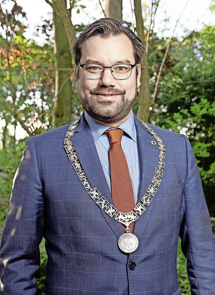 Michiel Pijl wil doorgaan als burgemeester van Drechterland
