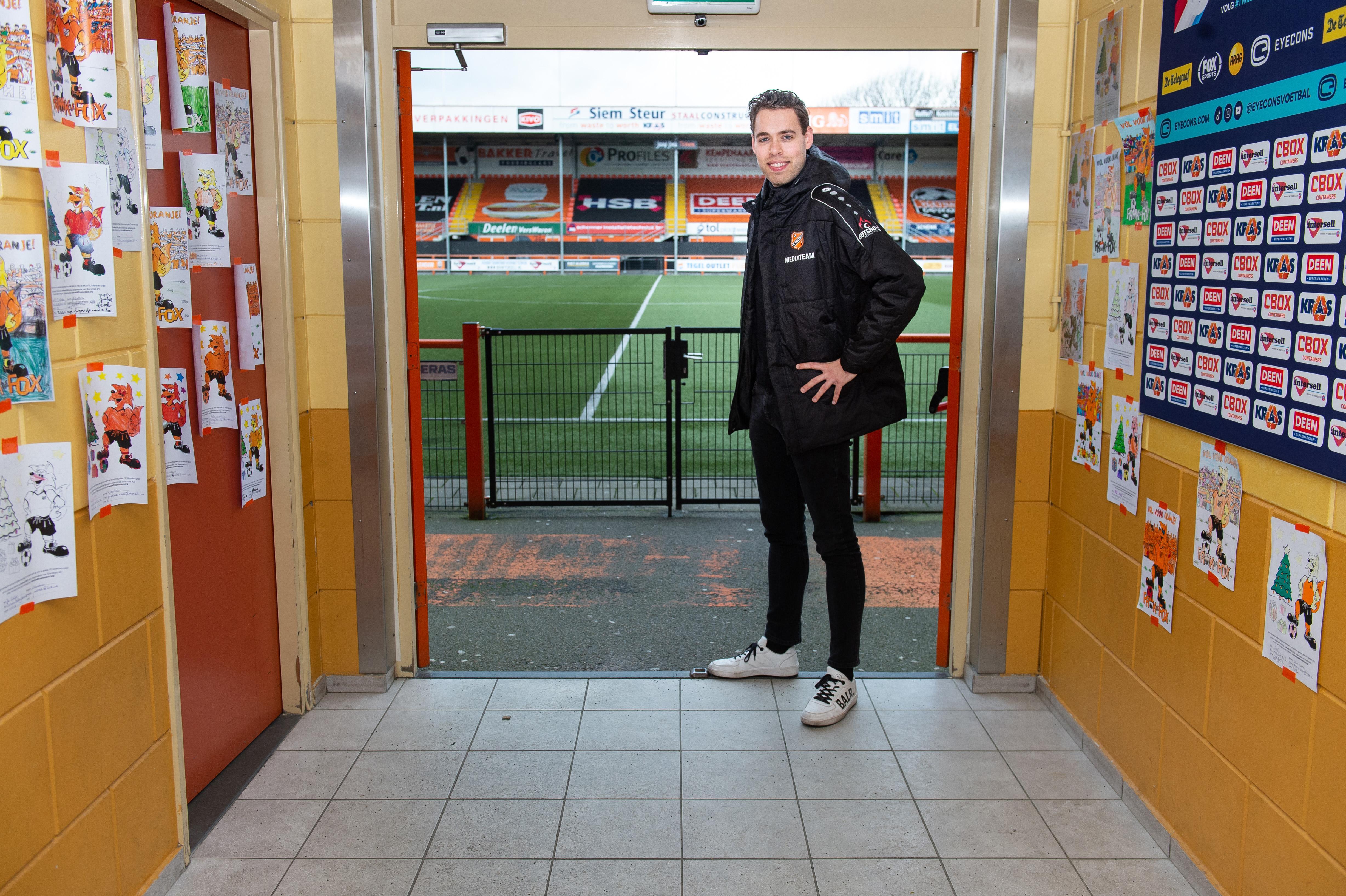 FC Volendam gaat als een raket op sociale media, en Sonny Sier wijst zijn voetbalclub digitaal de weg: 'Juist nu onze supporters thuiszitten, willen we wat extra's bieden'