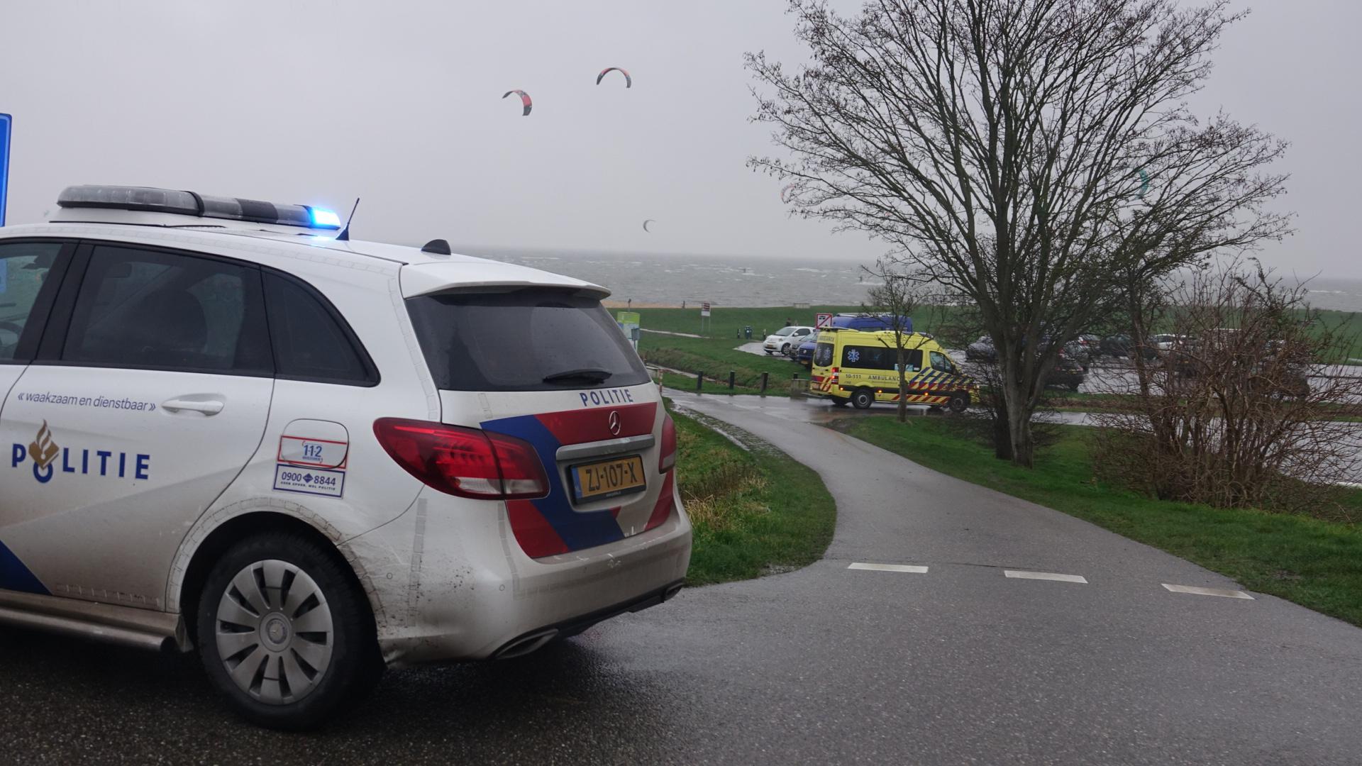 Kitesurfer gewond bij Schellinkhout