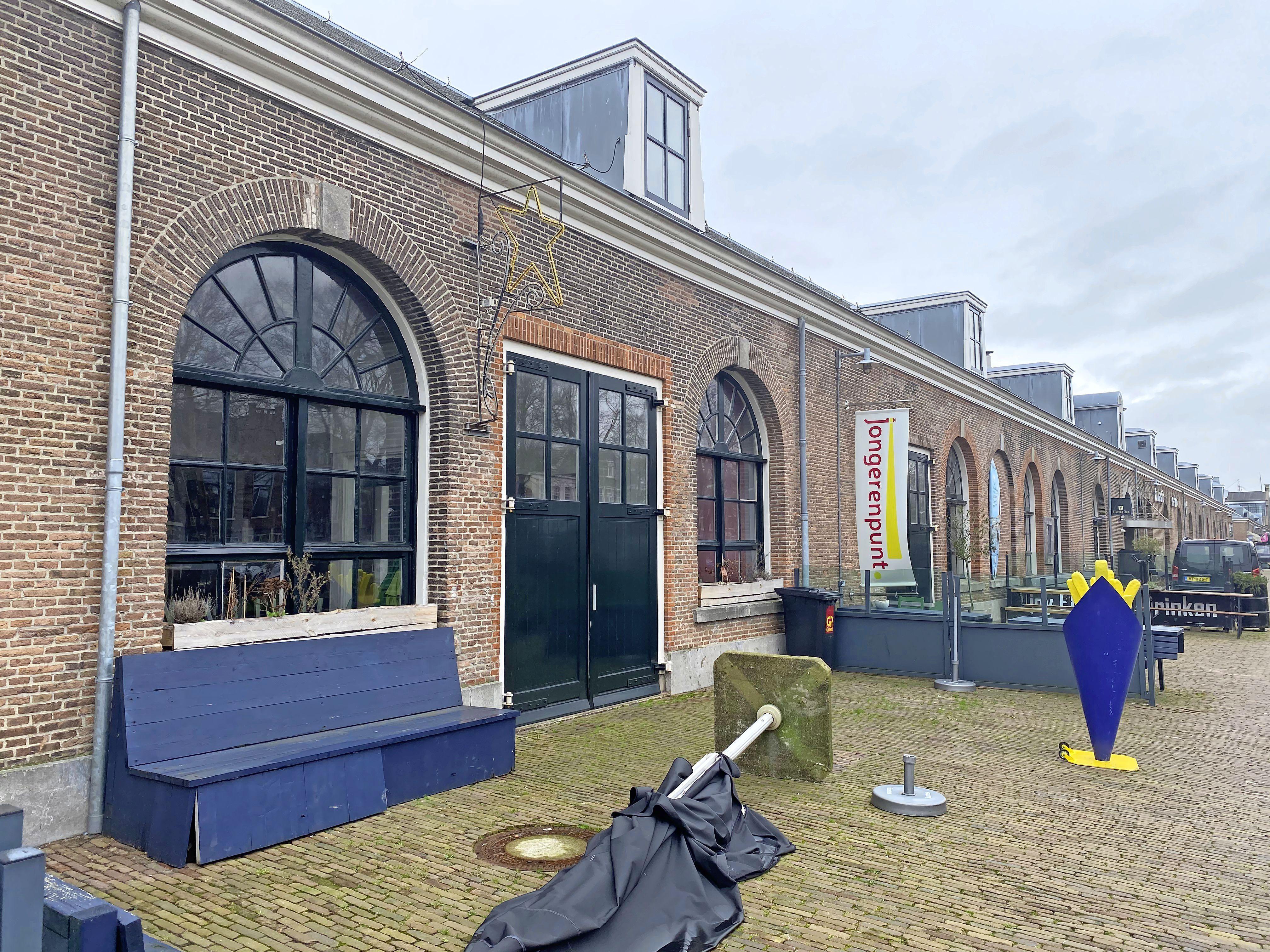 Royal is nog de enige shoarmazaak in de Koningstraat in Den Helder maar verhuist nu dan toch naar Willemsoord