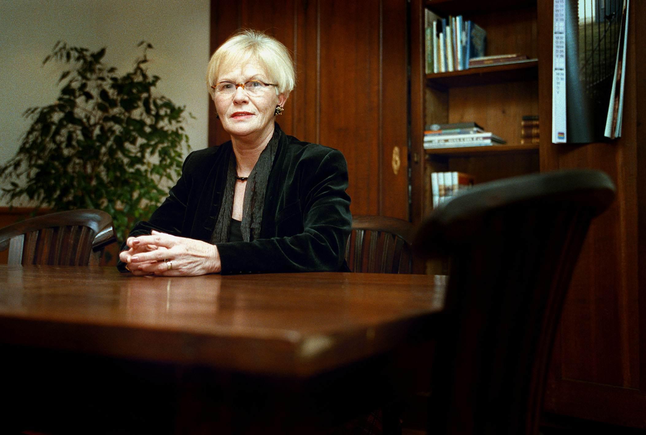 Raad Haarlemmermeer staat stil bij overlijden oud-burgemeester Ellen van Hoogdalem