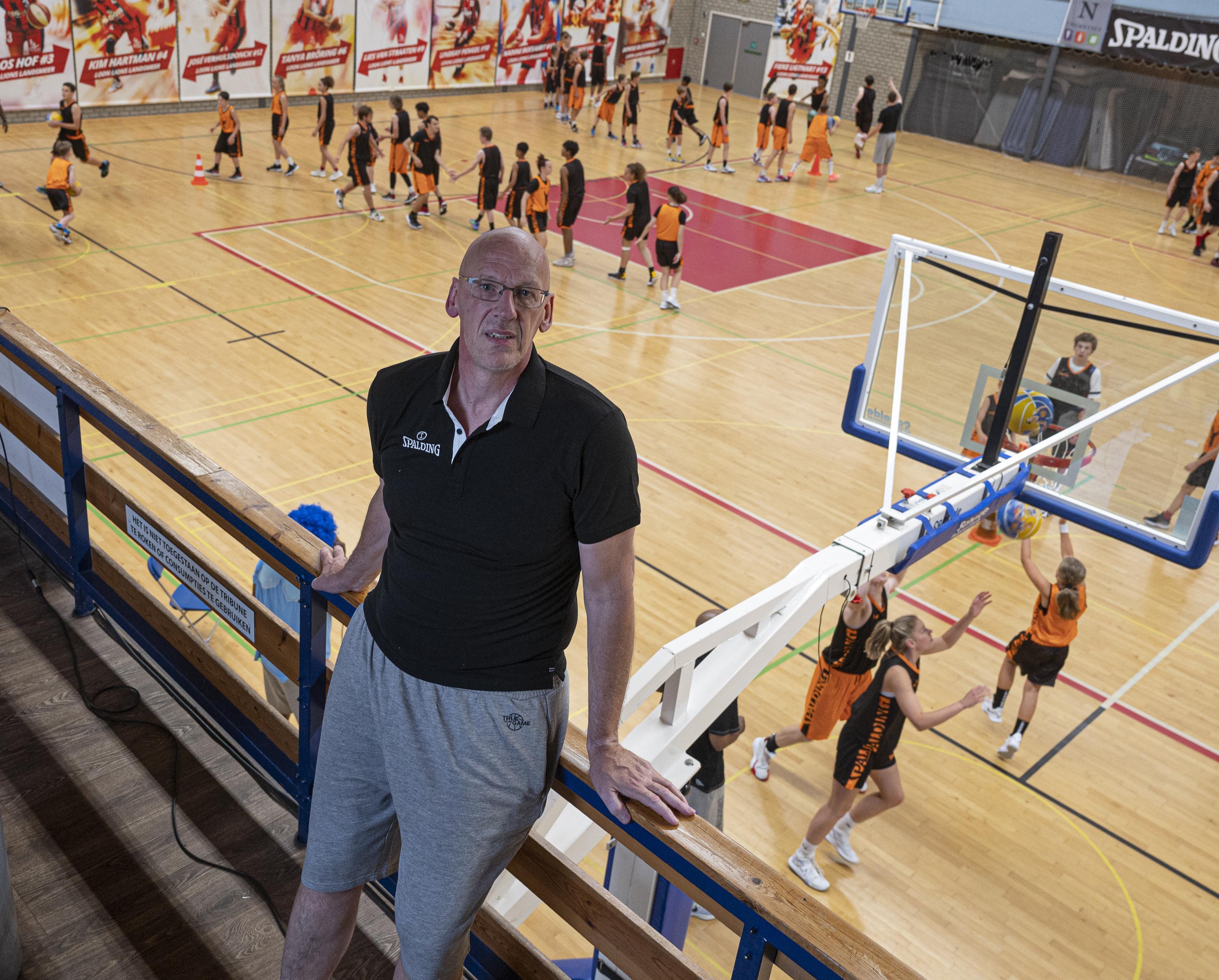 Basketbalkamp ook in coronatijd voedingsbodem voor eredivisie. Leiding moest in bubbel wel zelf naar de supermarkt