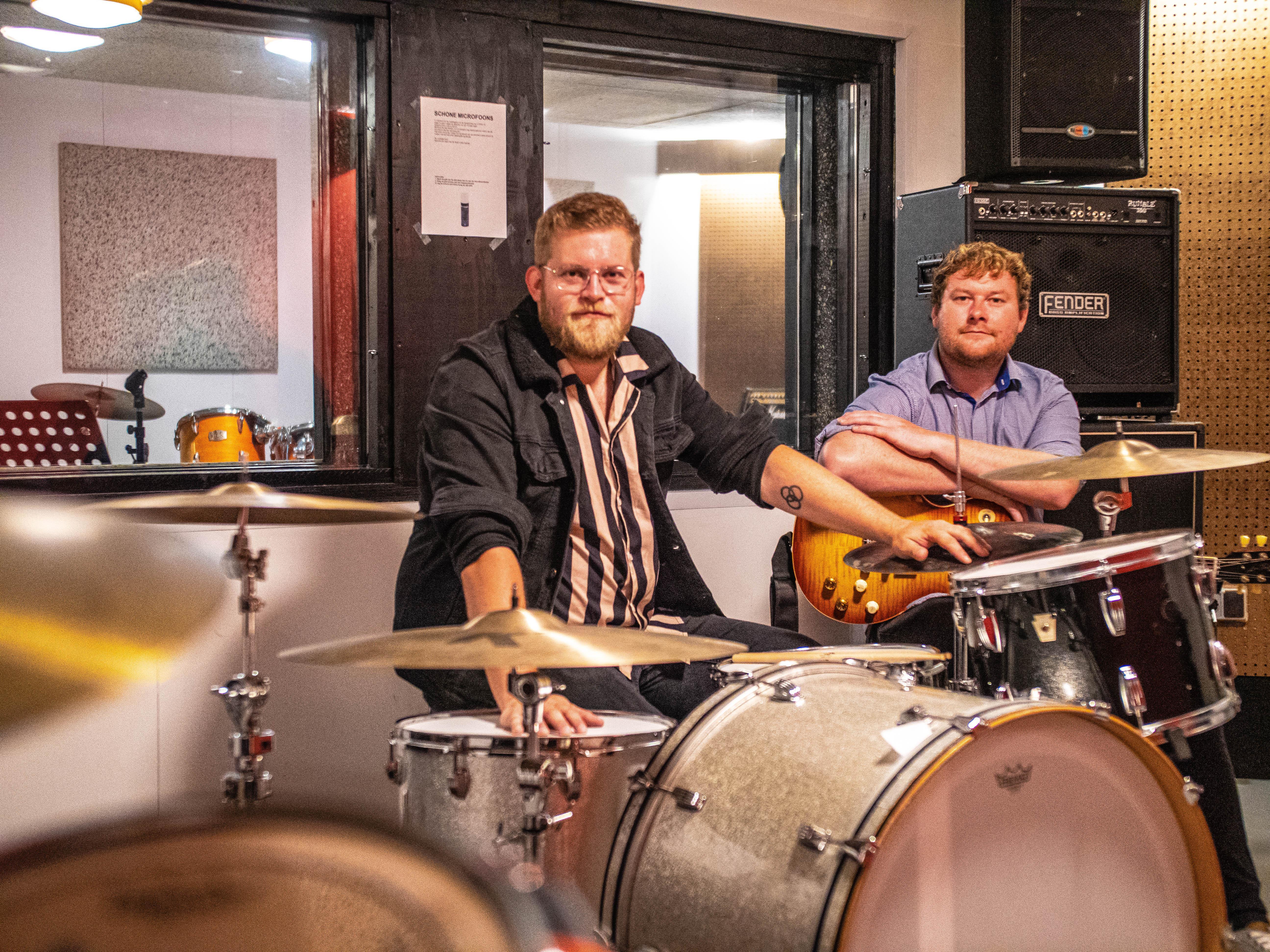 Vanwege week tegen de eenzaamheid zoekt De Rock 'n Roll Fabriek leden voor 'The Band Senior', met muzikale 55-plussers
