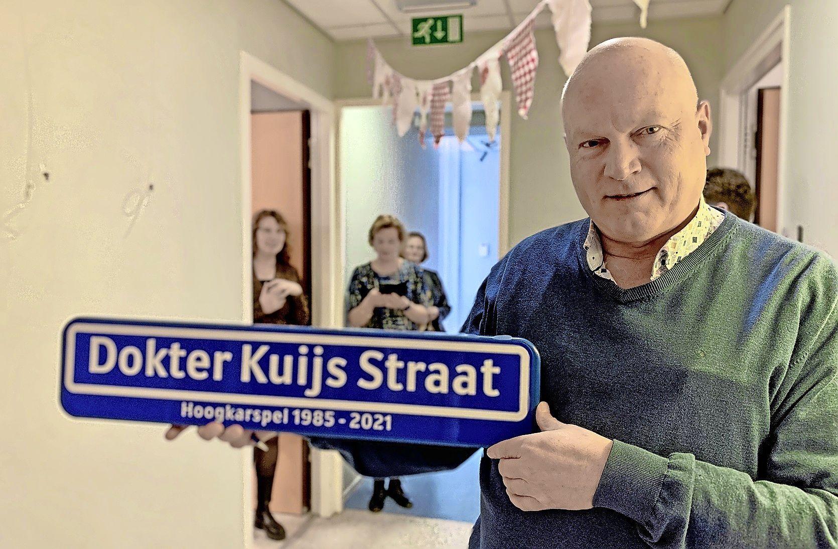 Huisarts Nico Kuijs in Hoogkarspel vertrekt: 'Ik had ook geen flauw idee dat ik 36 jaar later hier nog steeds zou werken'