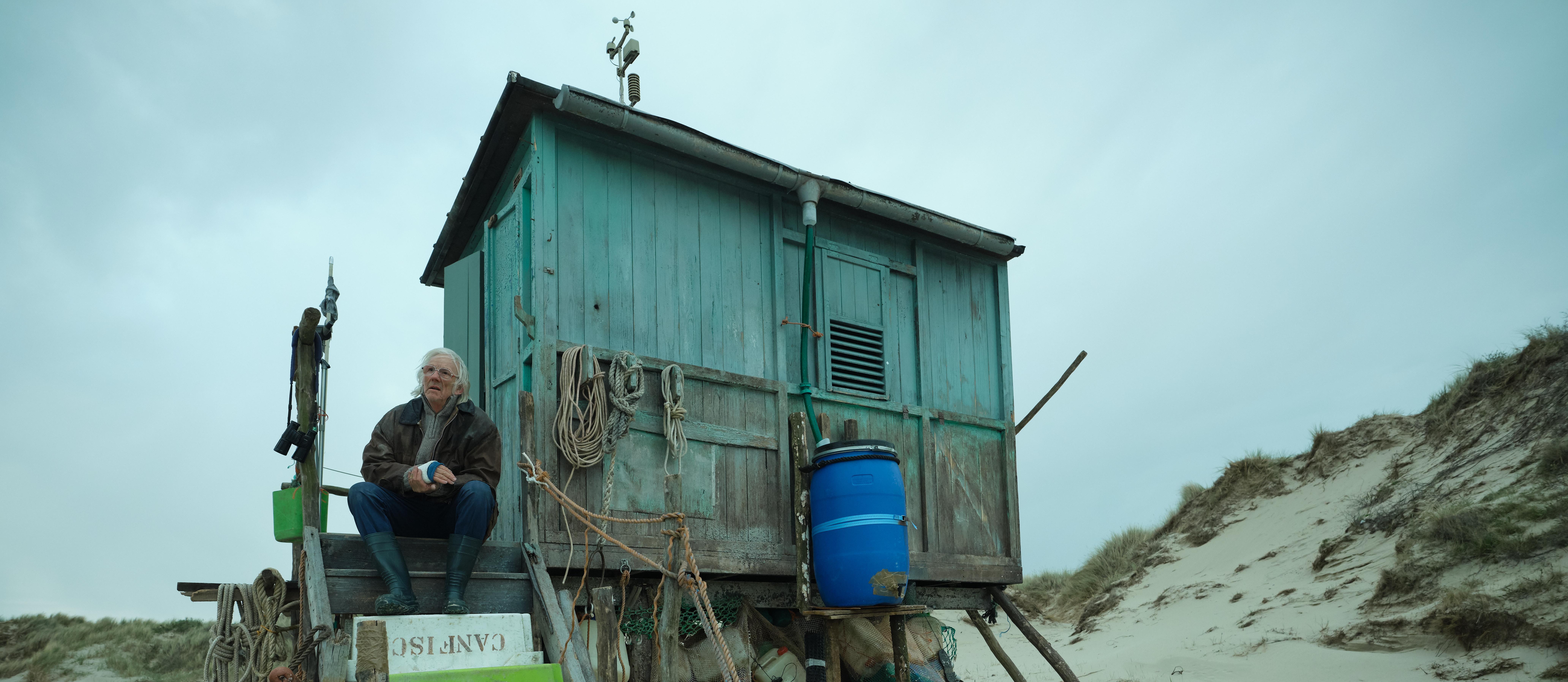 Filmrecensie 'De vogelwachter': Liefdevol verhaal in een sprookjesachtige setting