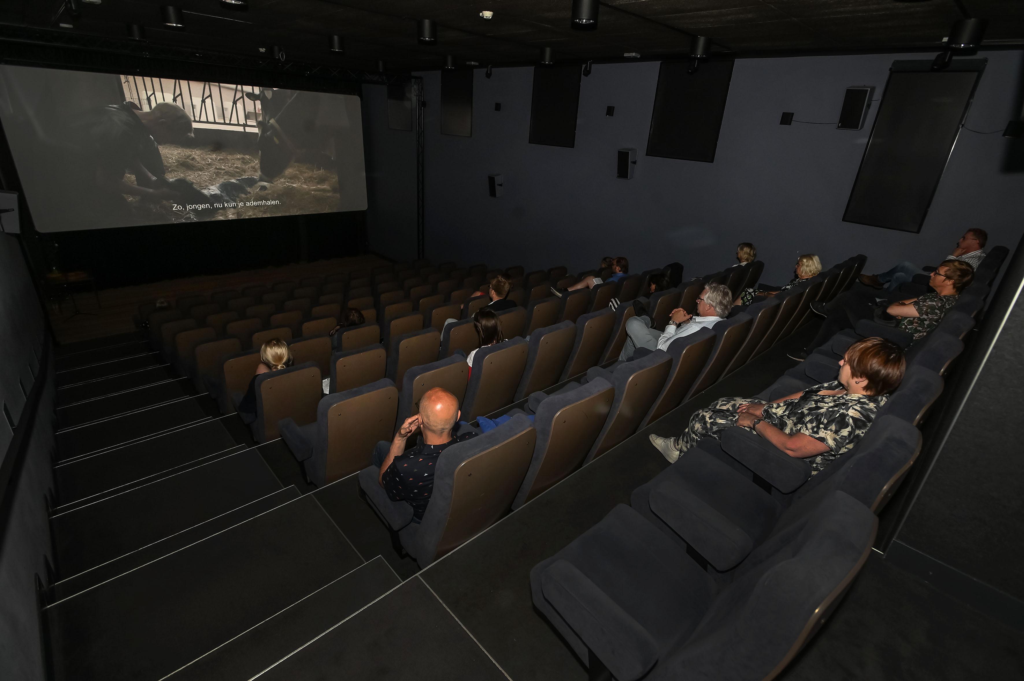 Directeur Cinema Oostereiland en Cinema Enkhuizen baalt vooral voor bezoeker van coronaregels: 'Film kreeg net weer de volle aandacht'
