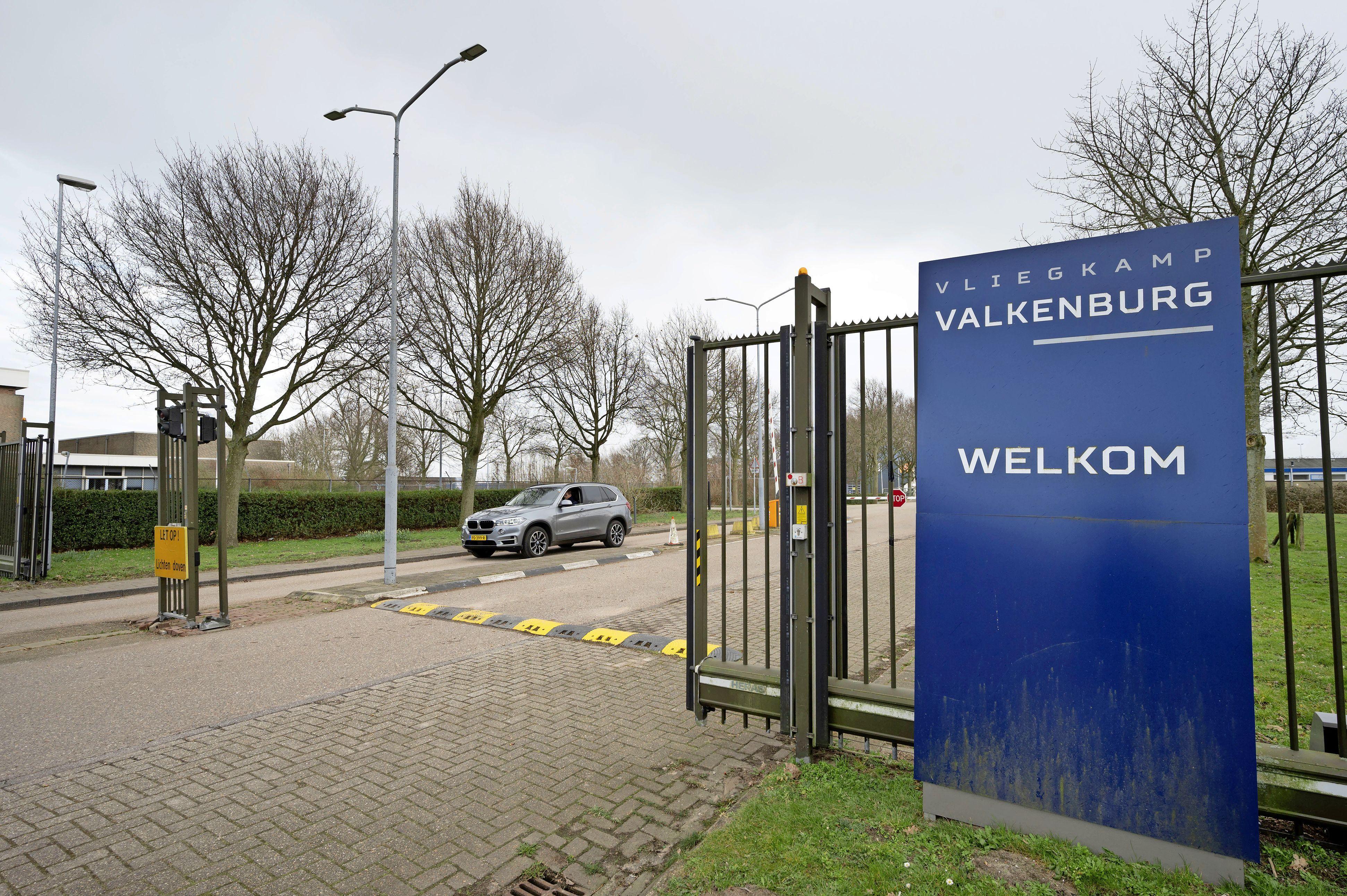 Voormalig vliegkamp Valkenburg blijft voorlopig verboden terrein voor onbevoegden: 'Openstelling is niet zonder meer mogelijk'