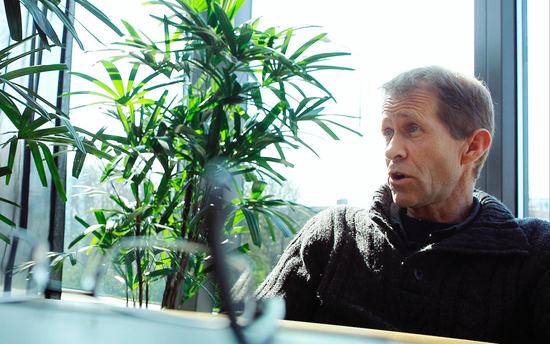 De Seniorenpartij Den Helder heeft het vertrouwen opgezegd in haar wethouder Remco Duijnker. Hans Boskeljon vraagt zich af: 'Hoe kan deze man ooit nog serieus verder?'