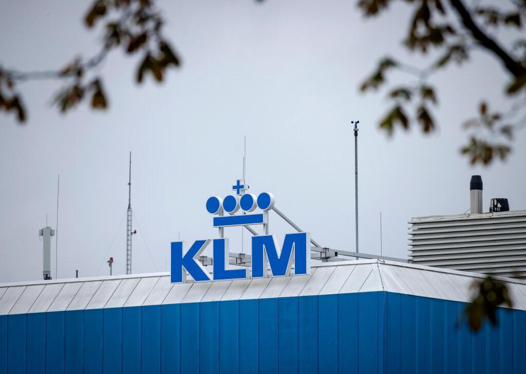 KLM: zaterdag meer duidelijkheid over loonoffers