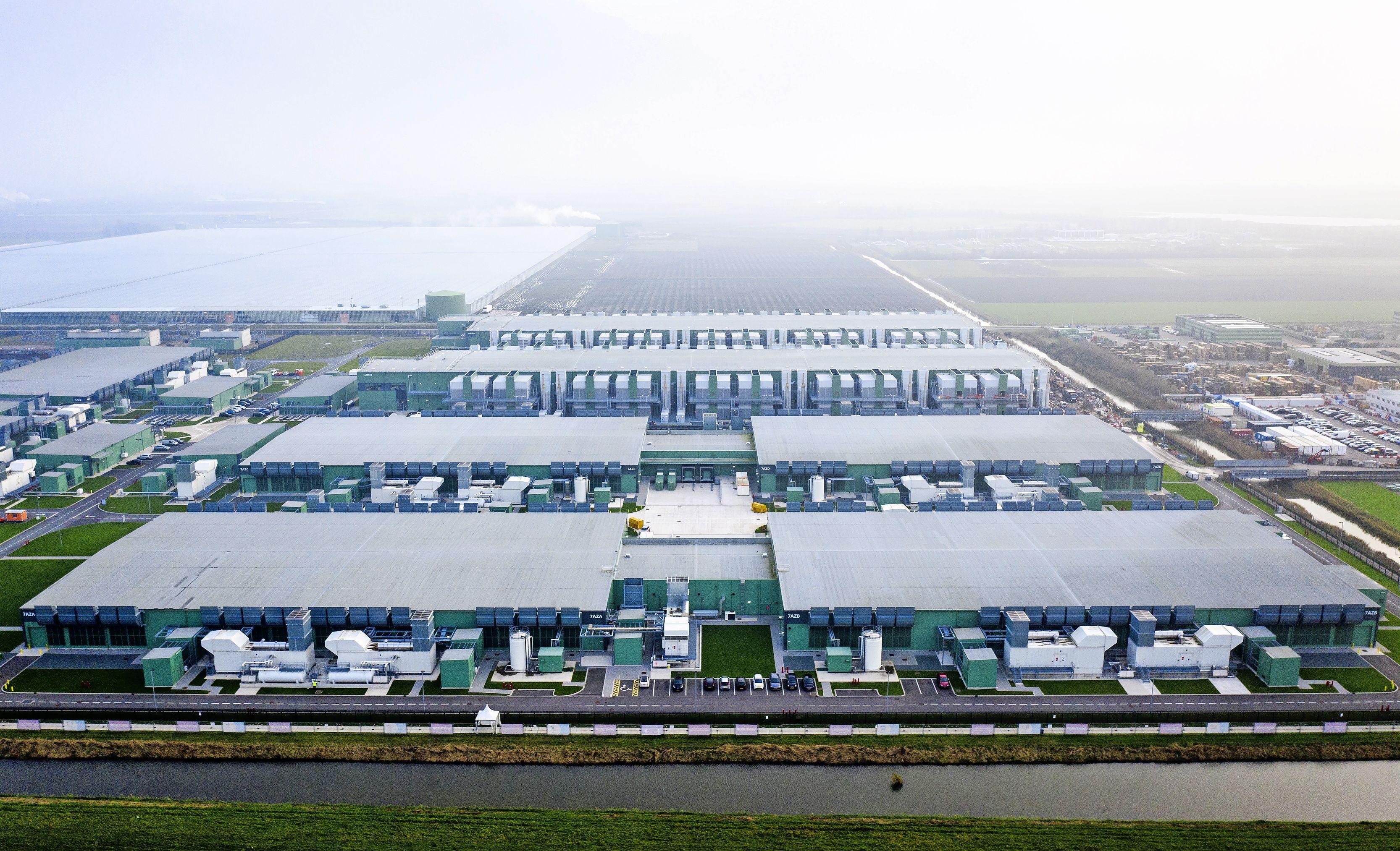 Grote weerzin tegen datacenters in de polder: 'zonde van het landschap'