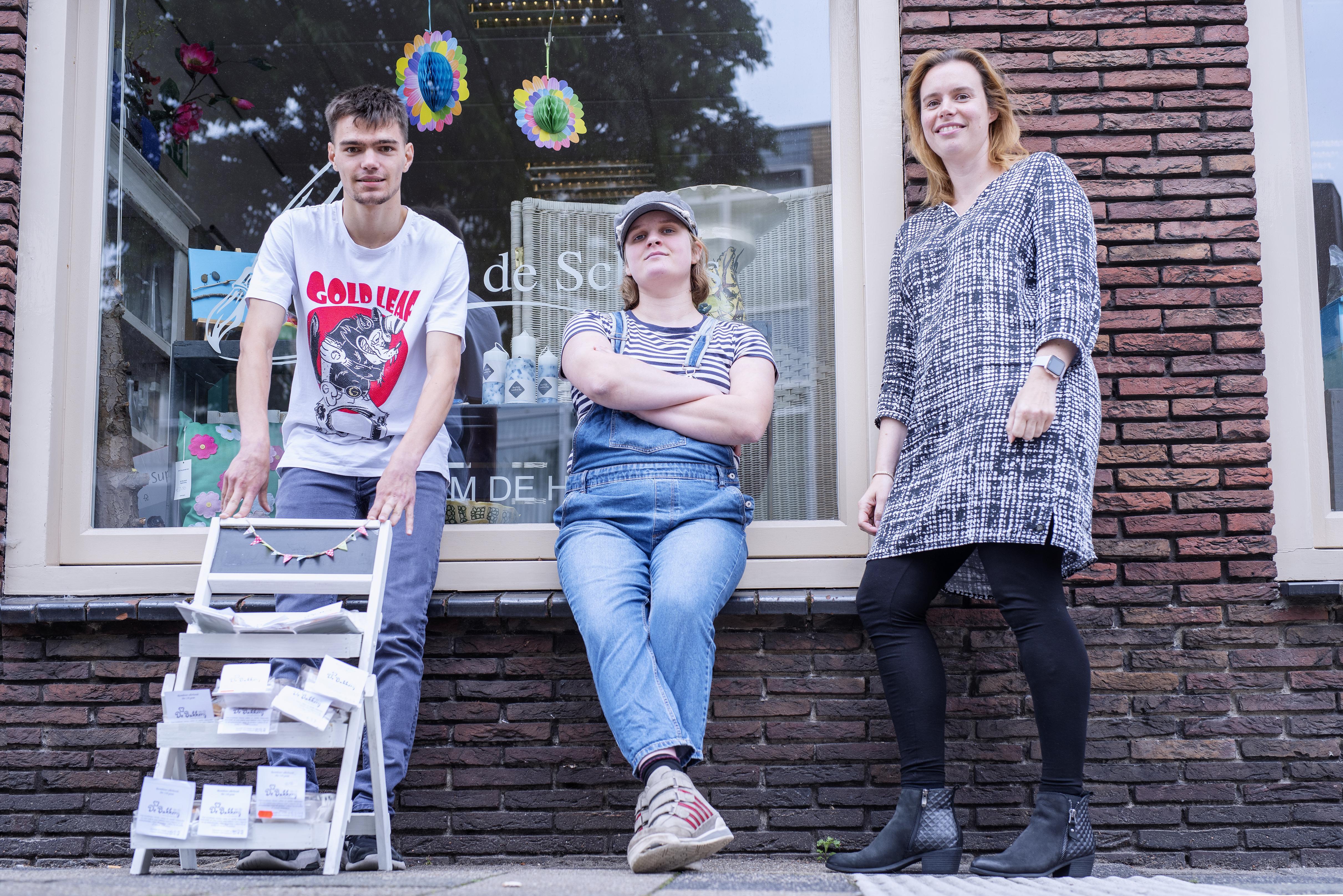 Merel uit IJmuiden en Marvin uit Wijk aan Zee deden de 'opstaptraining': 'Ik vergeet soms dat ik een beperking heb'