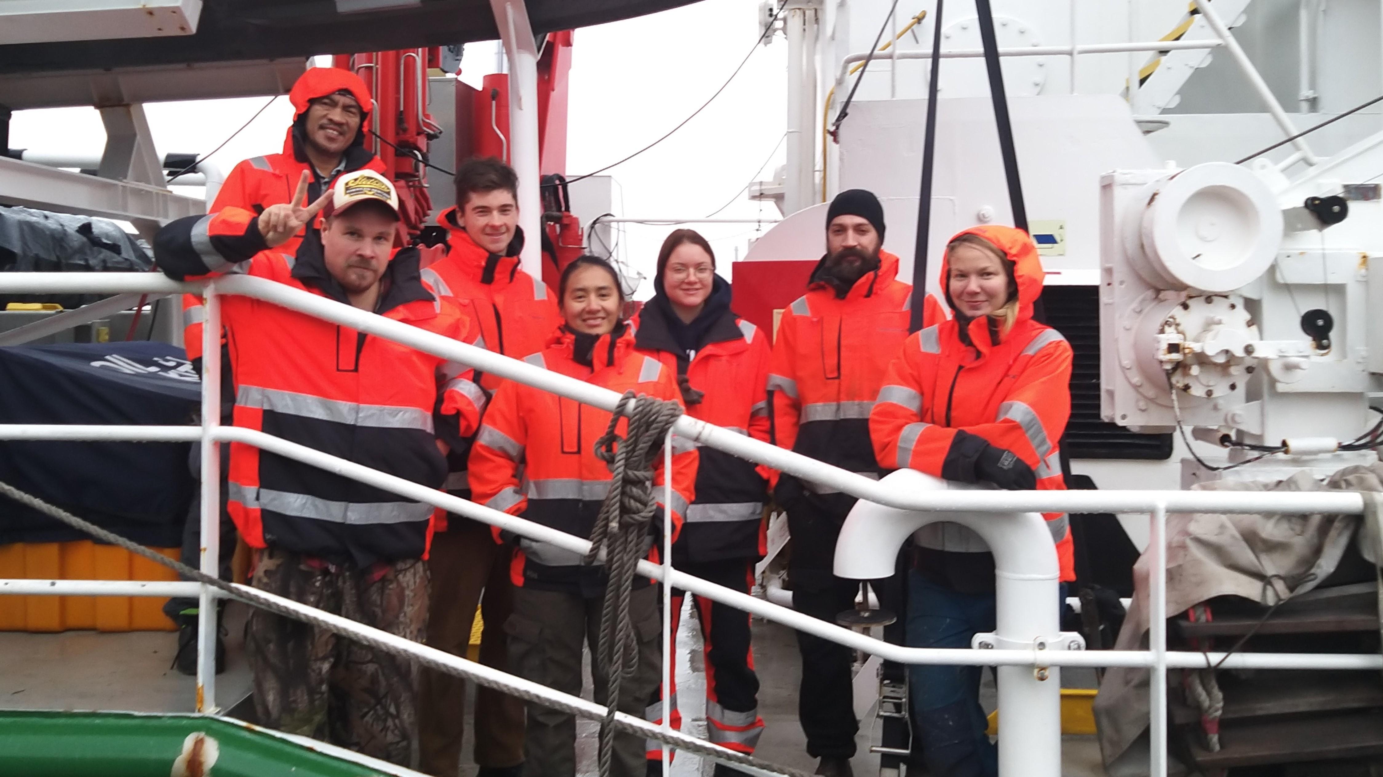 Greenpeace klaar voor vertrek naar de Indische Oceaan: 'We willen kijken wat de huidige stand van zaken is met betrekking tot de visstand' | Onderweg
