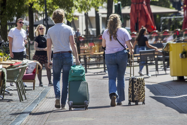 Haarlem toeristenstad herrijst uit de coronadip. Hotels zitten hier vol want: 'Spaarnestad en Zandvoort voelen stuk veiliger dan het drukke Amsterdam'