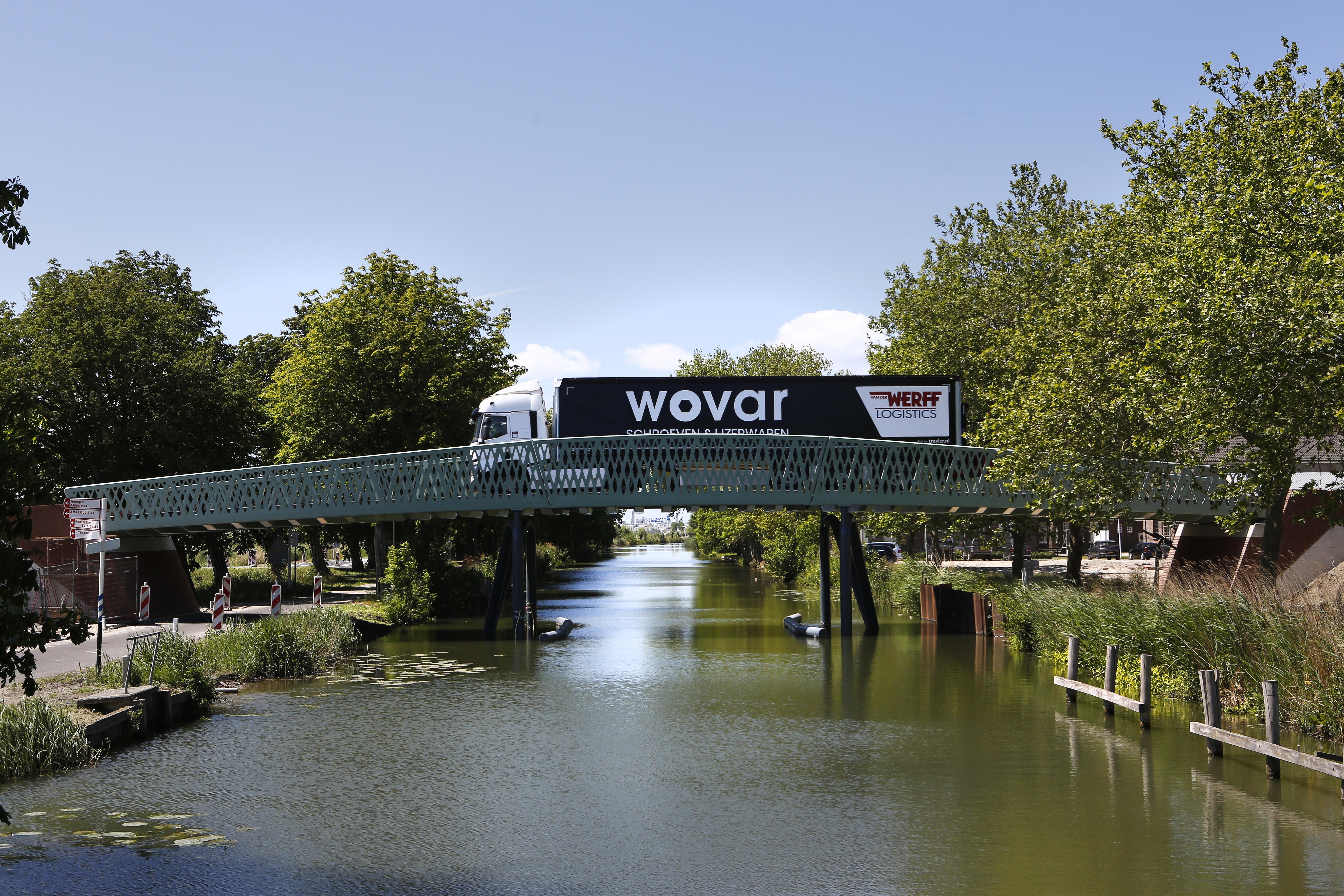 Kruitbosbrug, Klapwijkbrug of simpelweg Brug 1, 2 en 3; Wie verzint de leukste namen voor de nieuwe bruggen over de Muidertrekvaart