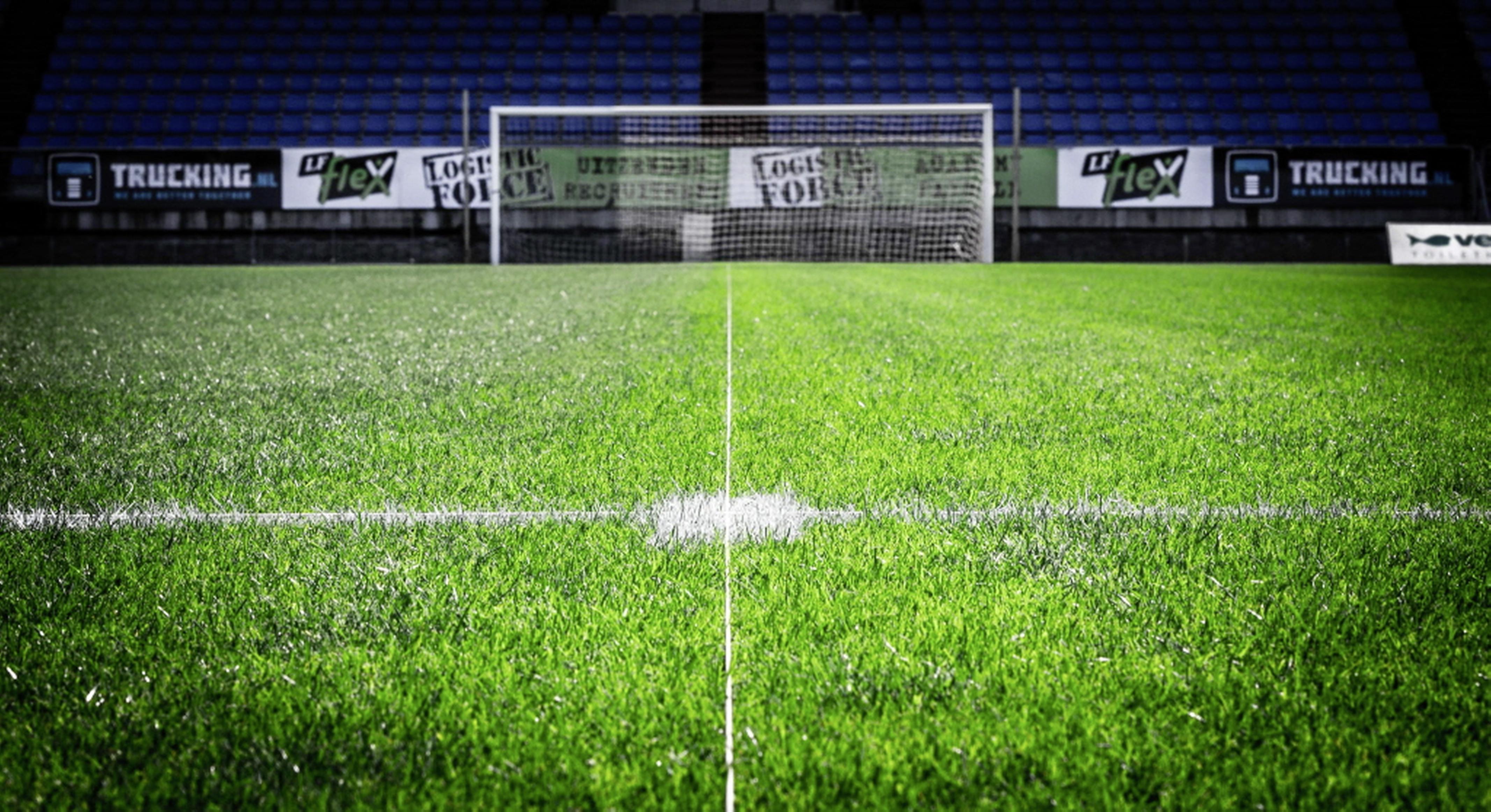 Negenhonderd bezoekers welkom bij MVV-FC Volendam als test opening samenleving