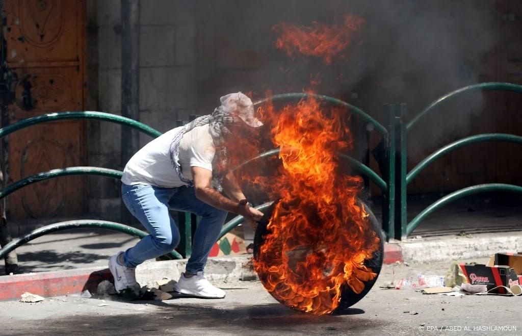 Libanese betogers dringen Israël binnen