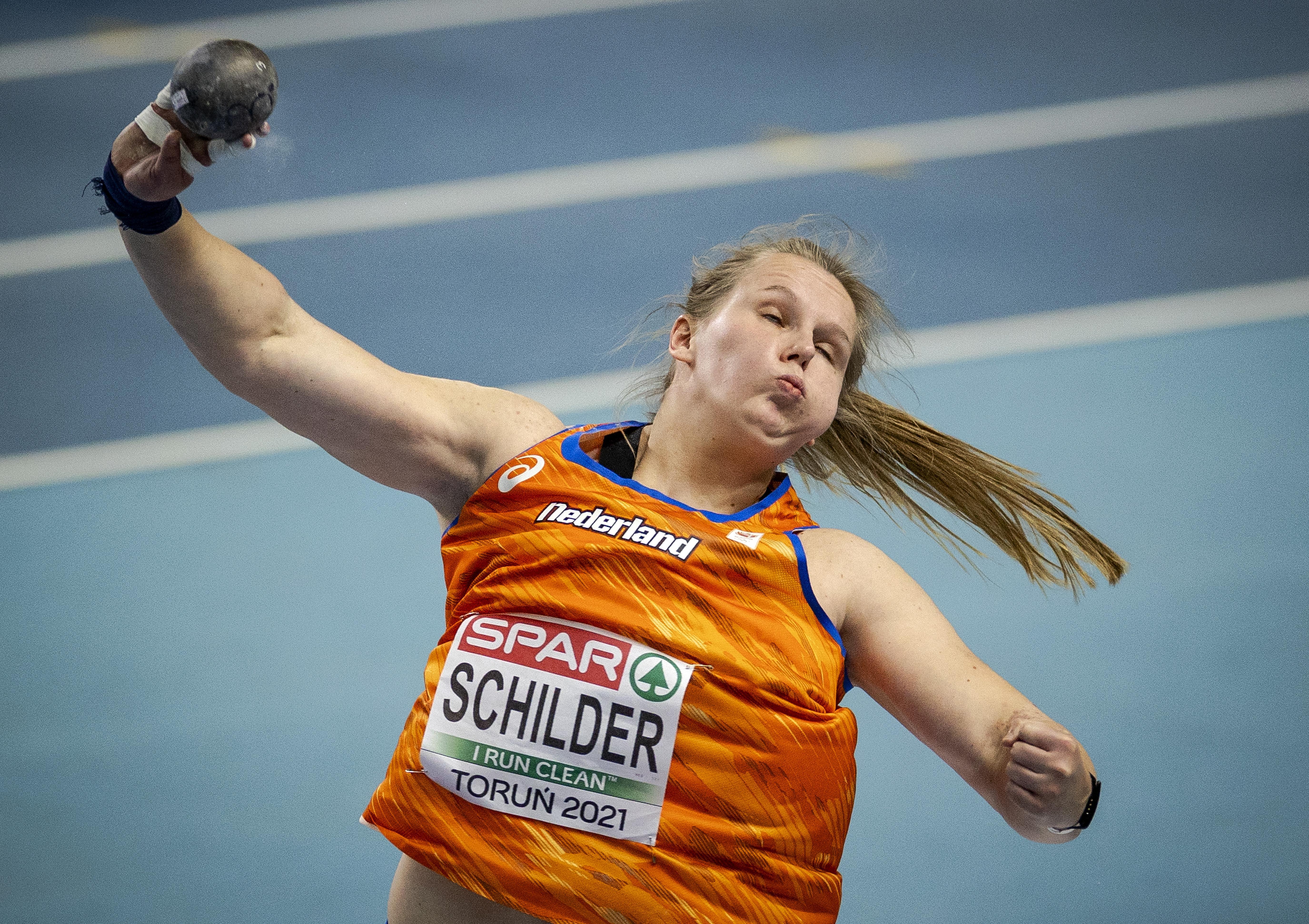Kogelstootster Jessica Schilder met persoonlijk record naar finale EK indoor. Volendamse mist olympische limiet op twee centimeter