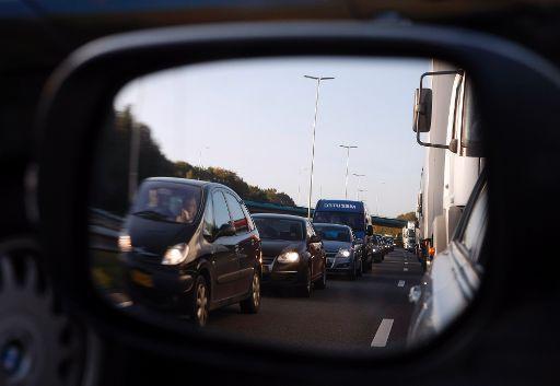 Coentunnel weer open na ongeluk, files op A10 en A5