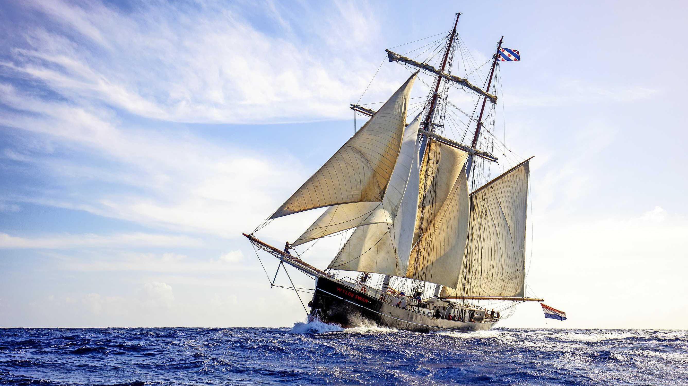 Nederlandse kinderen vast op zeilschip in Cariben door corona ...