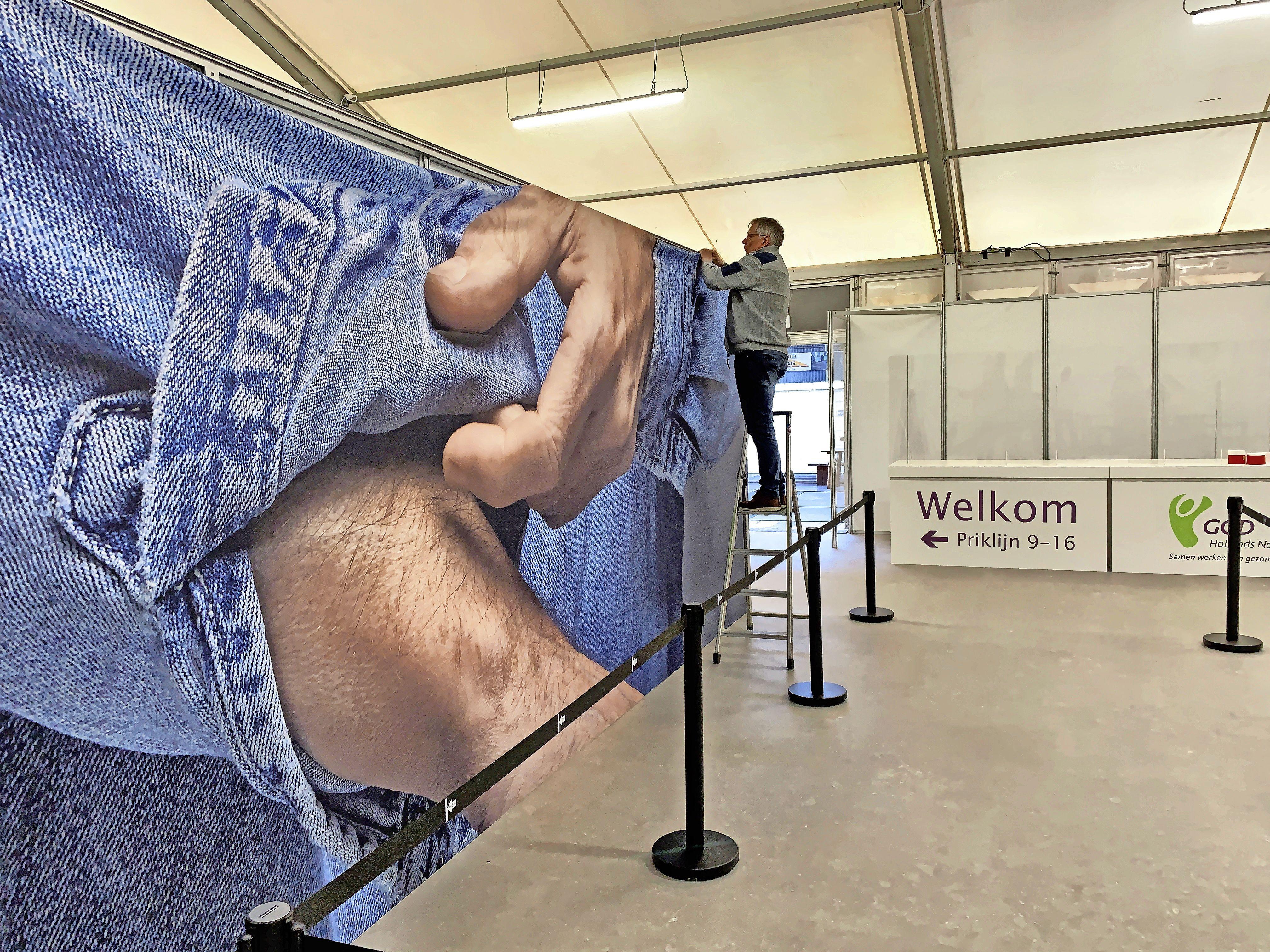 Vaccinschaarste zit De Westfries en dus inwoners van de regio nog zeker een week dwars