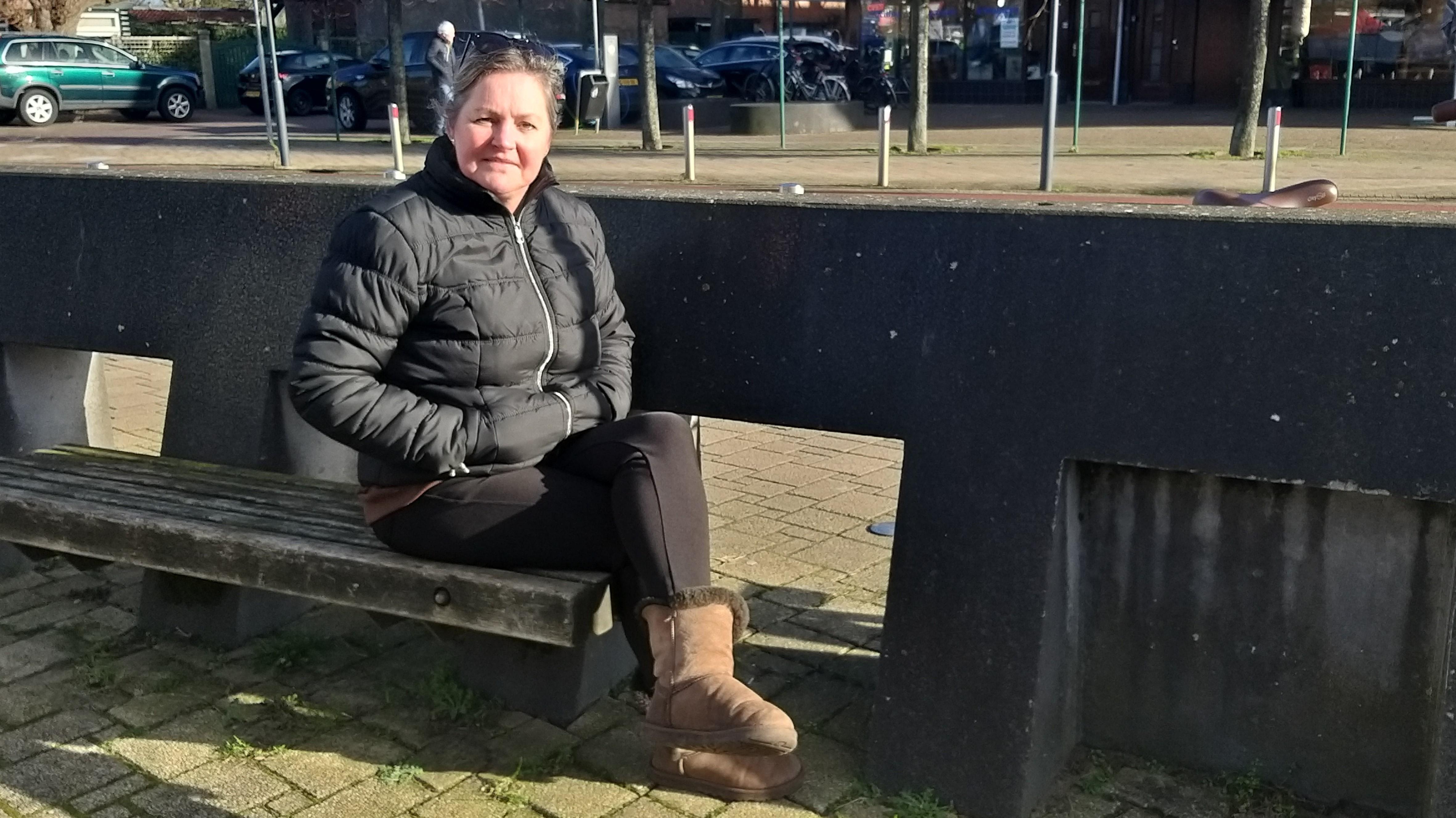 'Als lockdown tot april duurt ben ik failliet', Caroline Diederiks mist haar winkel in IJmuiden enorm