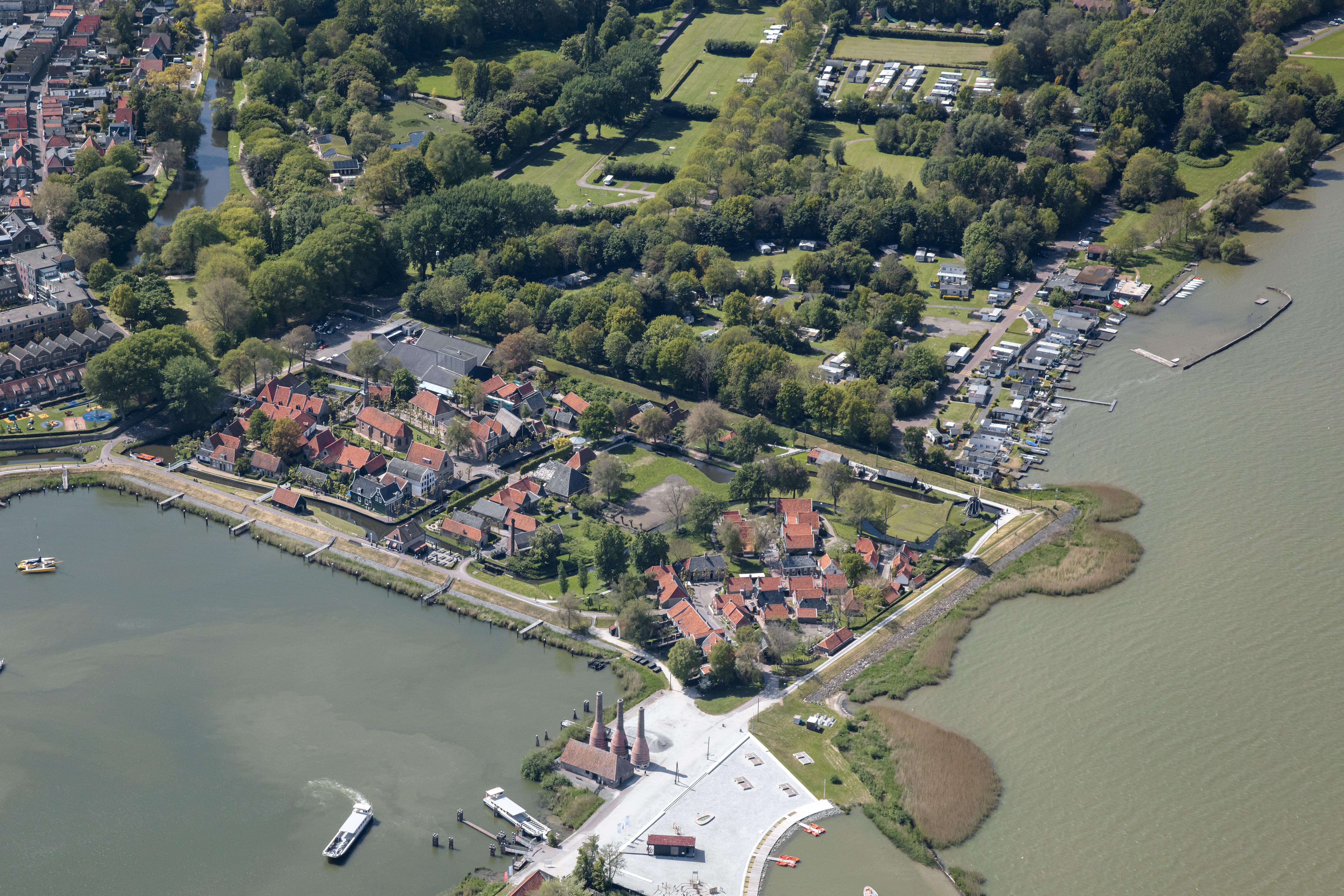 Enkhuizer gemeenteraad is bezwaren Zuiderzeemuseum beetje zat: 'Gereconstrueerd dorpje'