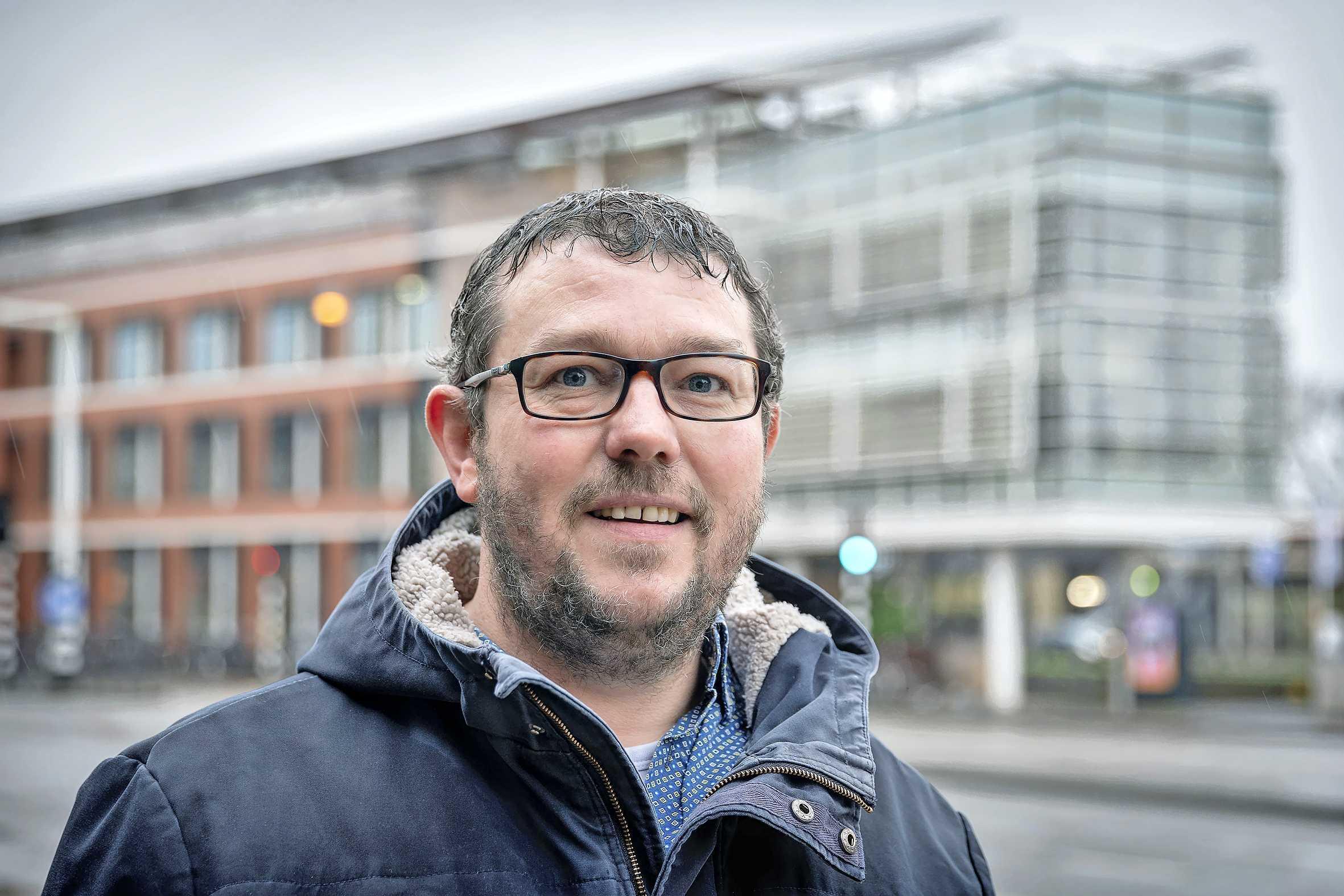 GGD wil dat daklozenhelper Eddy stopt met zijn werk: hoe 'dwingend, dreigend en intimiderend' is De Maatschappelijk Ondersteuner?