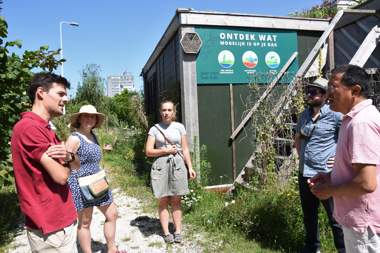 Duurzame fietstocht voor expats in Leiden: op zoek naar groene wereldburgers