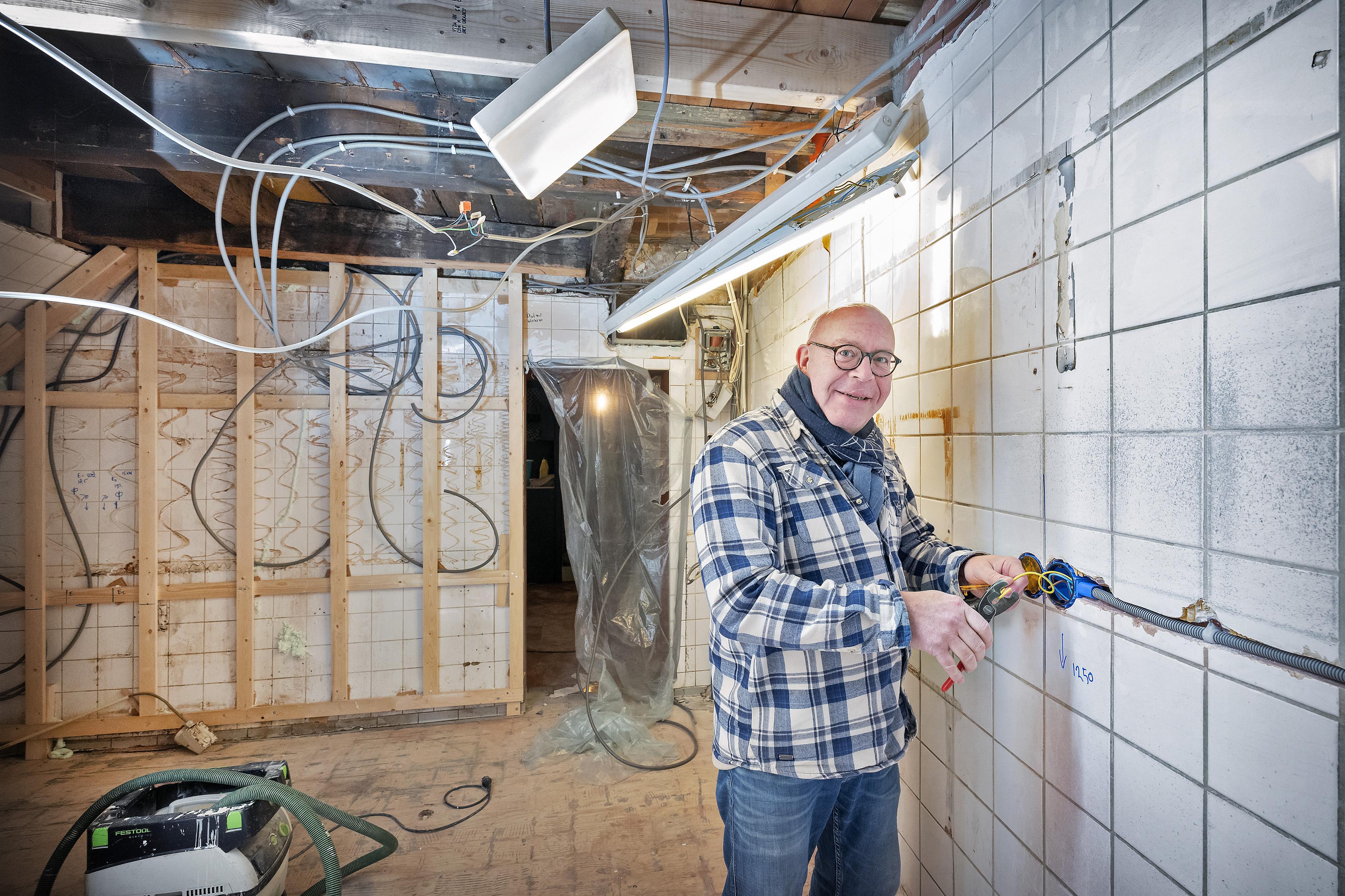 Paul van der Werff uit Haarlem investeert flink in onzekere horecatoekomst 'Velen verklaren me voor gek, anderen vinden het superstoer'