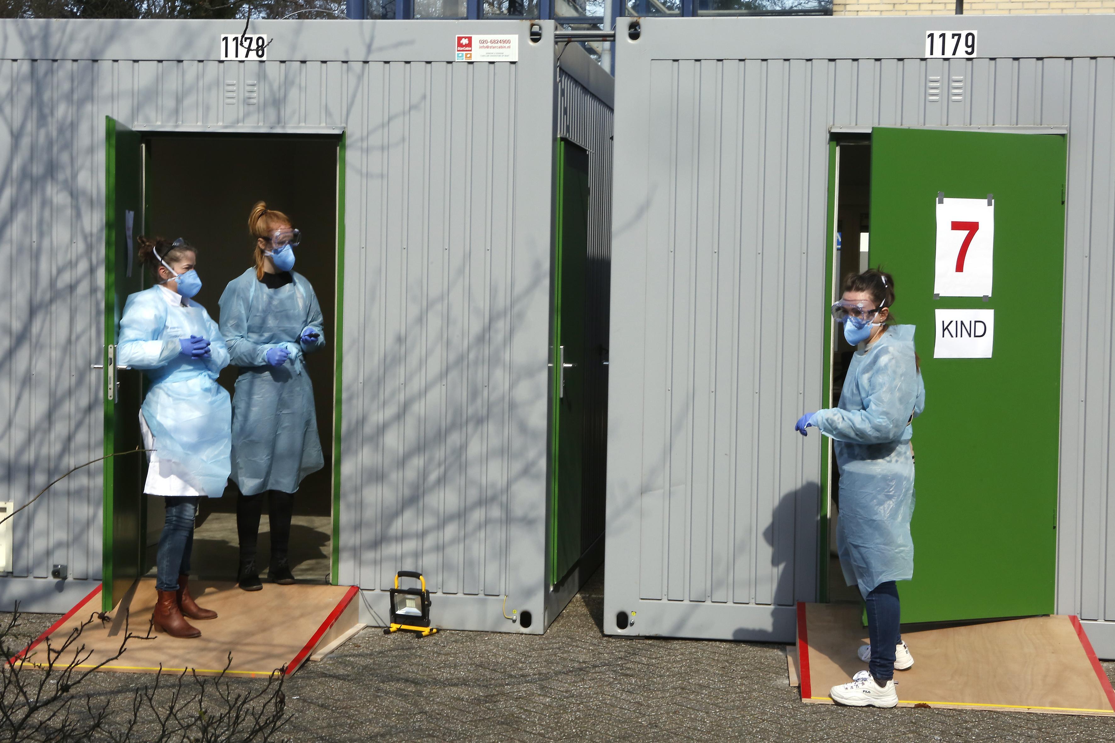 Centraal Corona Centrum bij Tergooi ziet in eerste week dagelijks ruim zestig patiënten; 'We verwachten dat de piek nog moet komen'