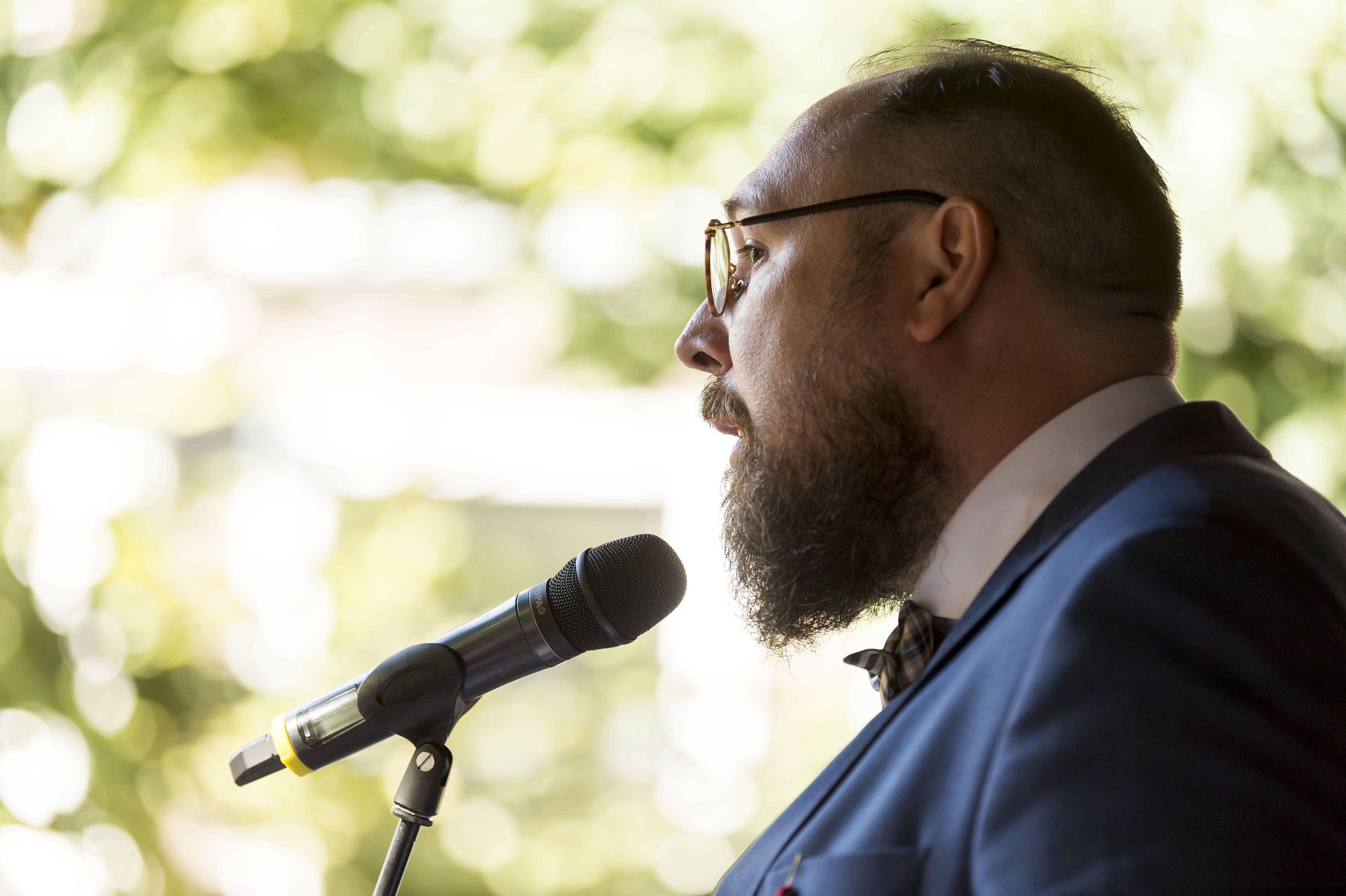 Remco Breuker in Leidse UR: 'universiteit moet academische werkgemeenschap worden'