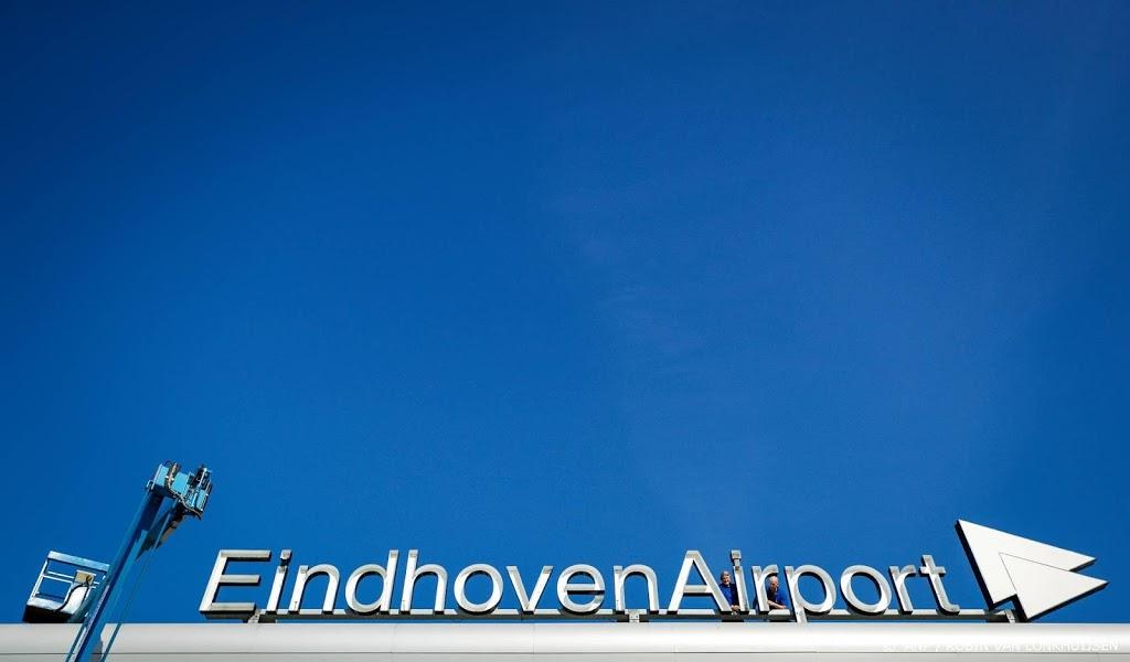 Vliegverkeer Eindhoven Airport weer op gang na mist