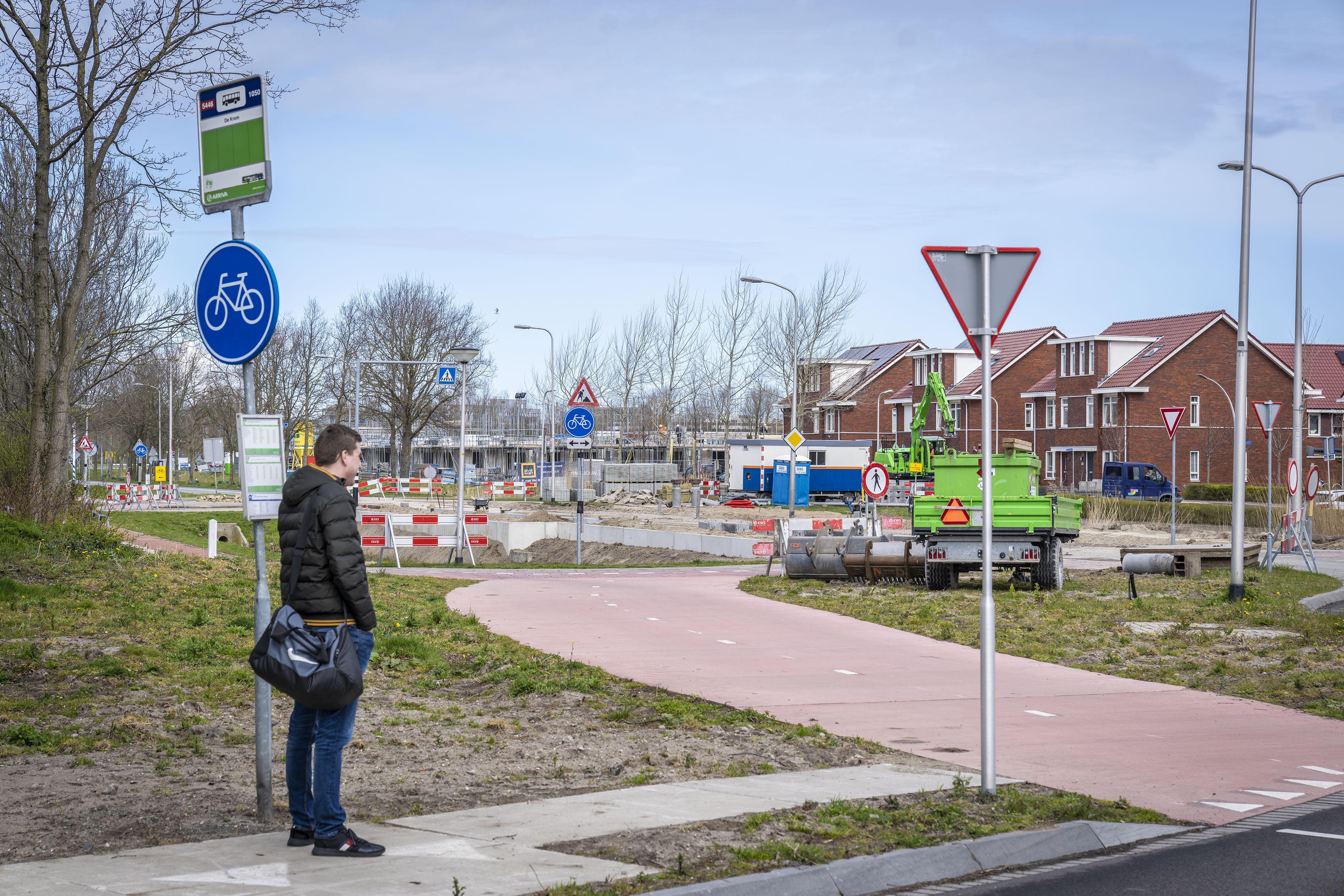 Omwonenden krijgen hun zin: aanleg Katwijkse R-nethalte bij sportpark De Krom gaat gepaard met verandering verkeerssituatie