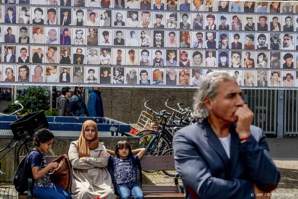 Vijftig nabestaanden genocide Srebrenica vragen schadevergoeding